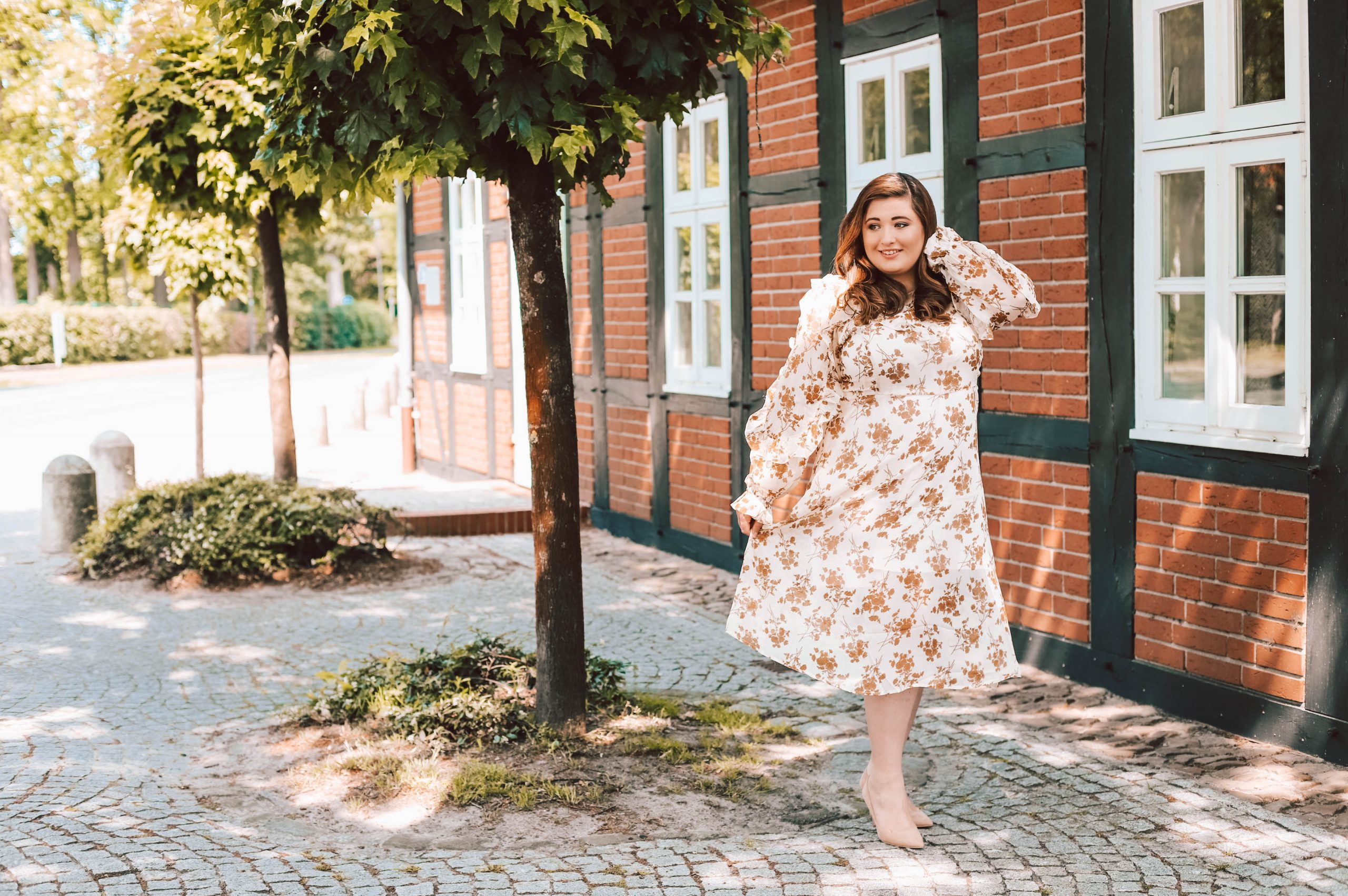 Die Schönsten Plus Size Hochzeitsgast Kleider! Hochzeitsgast