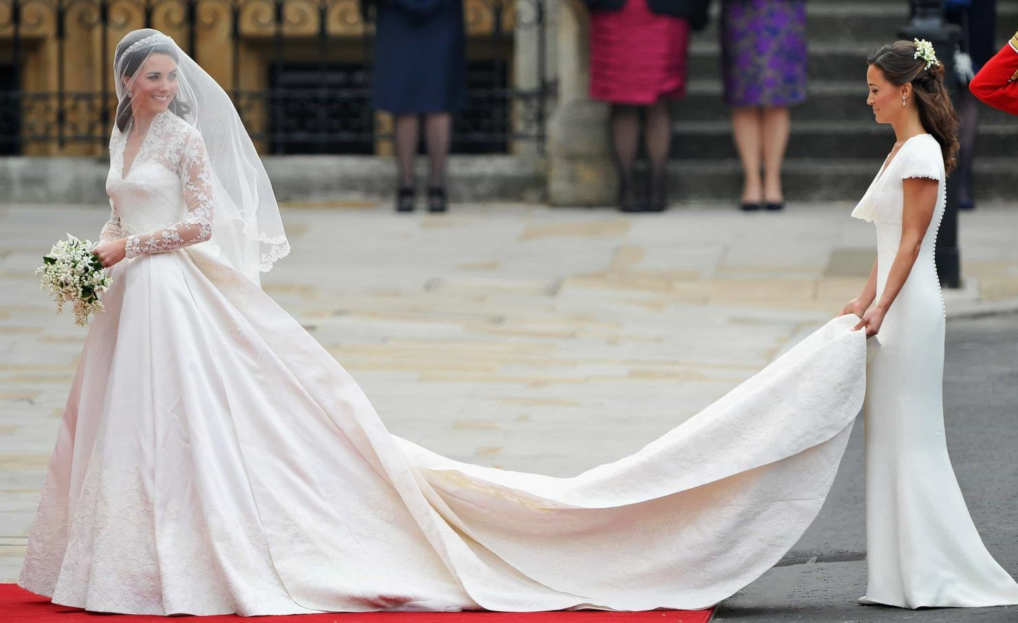 Die Schönsten Royalen Brautkleider  Königliche Hochzeitskleider