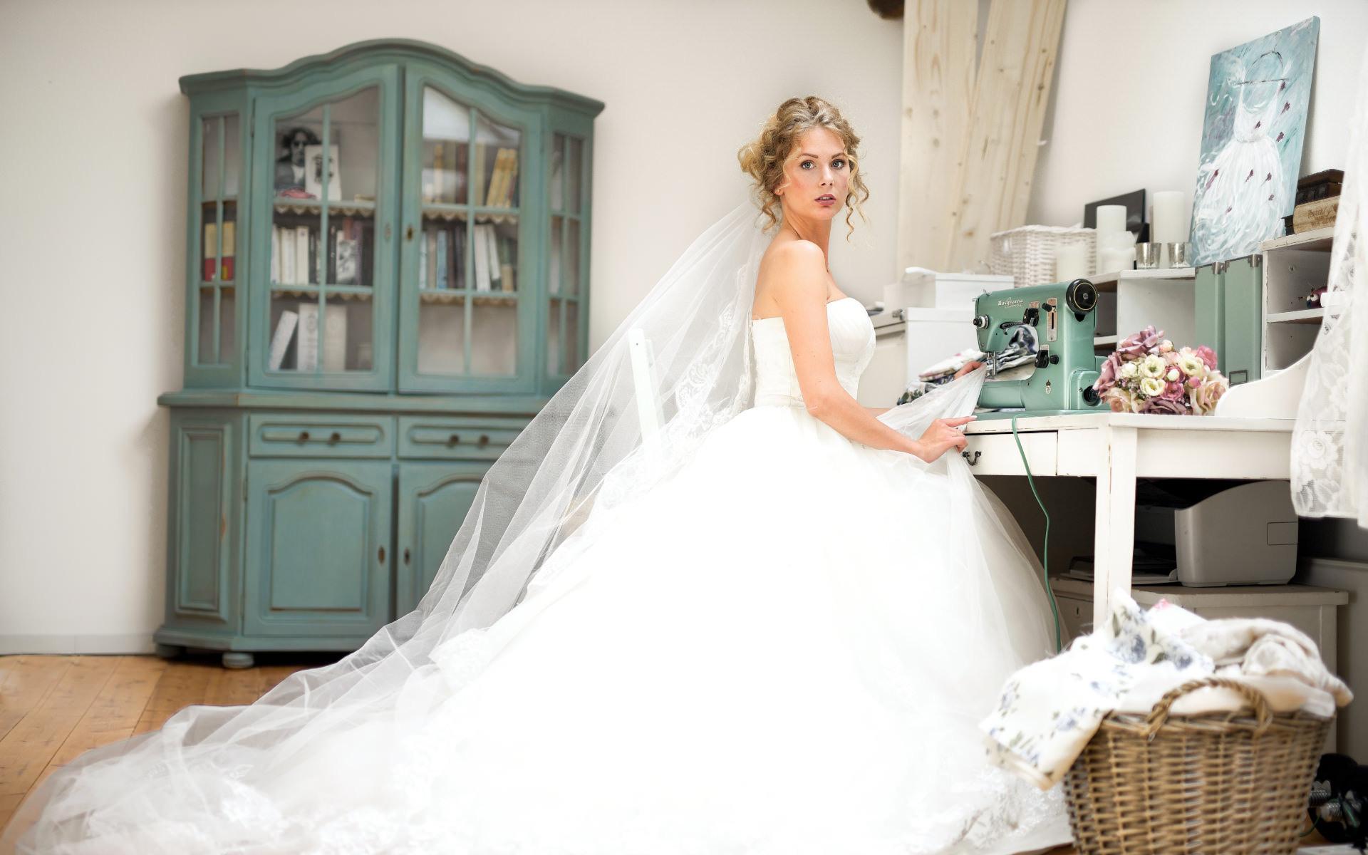 Die Schwedische Brautmoden-Designerin | Sanna Lindström