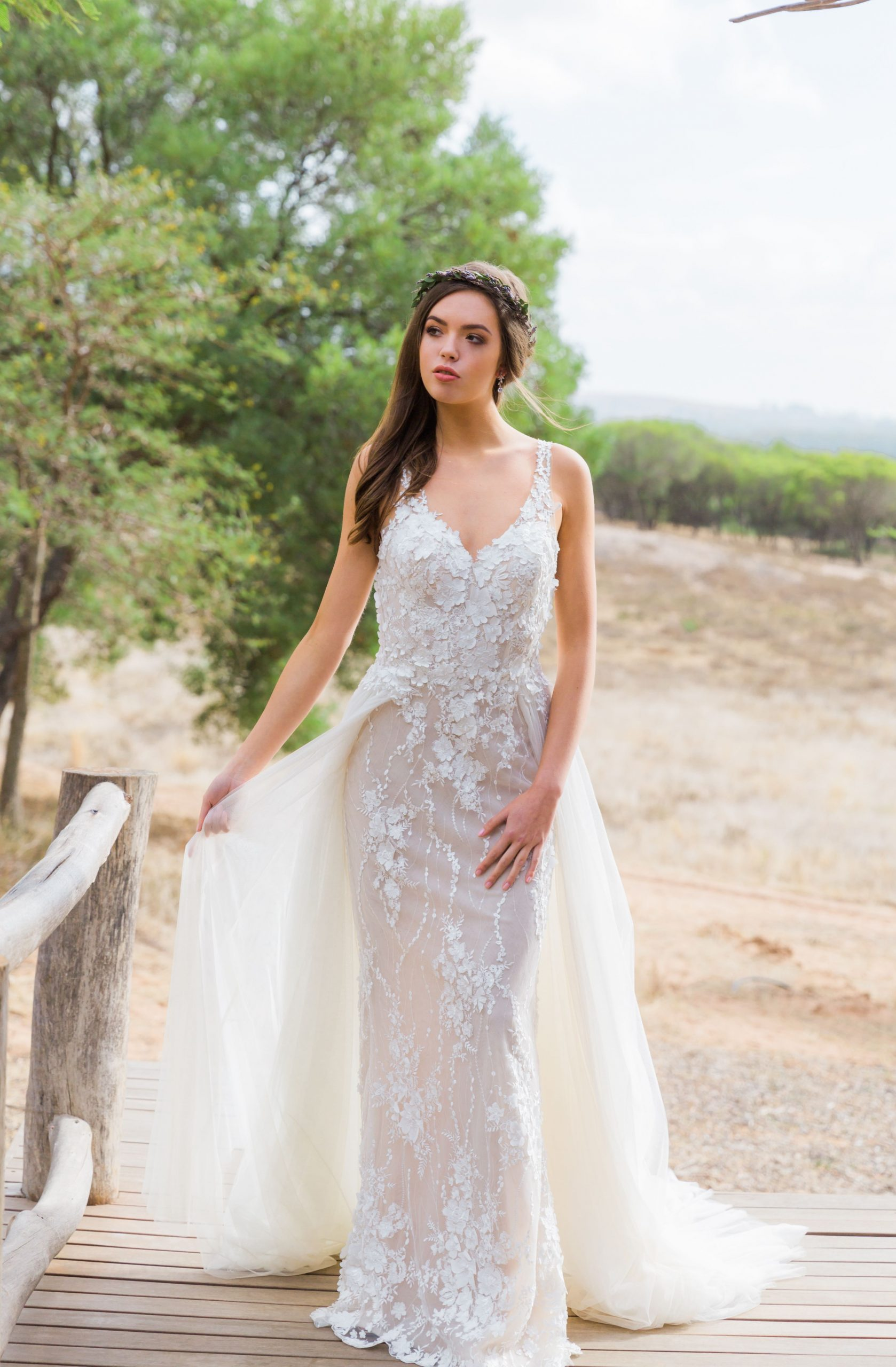 Dieses Wunderschöne Brautkleid Ist Von Kachar Ladosa Und Ist