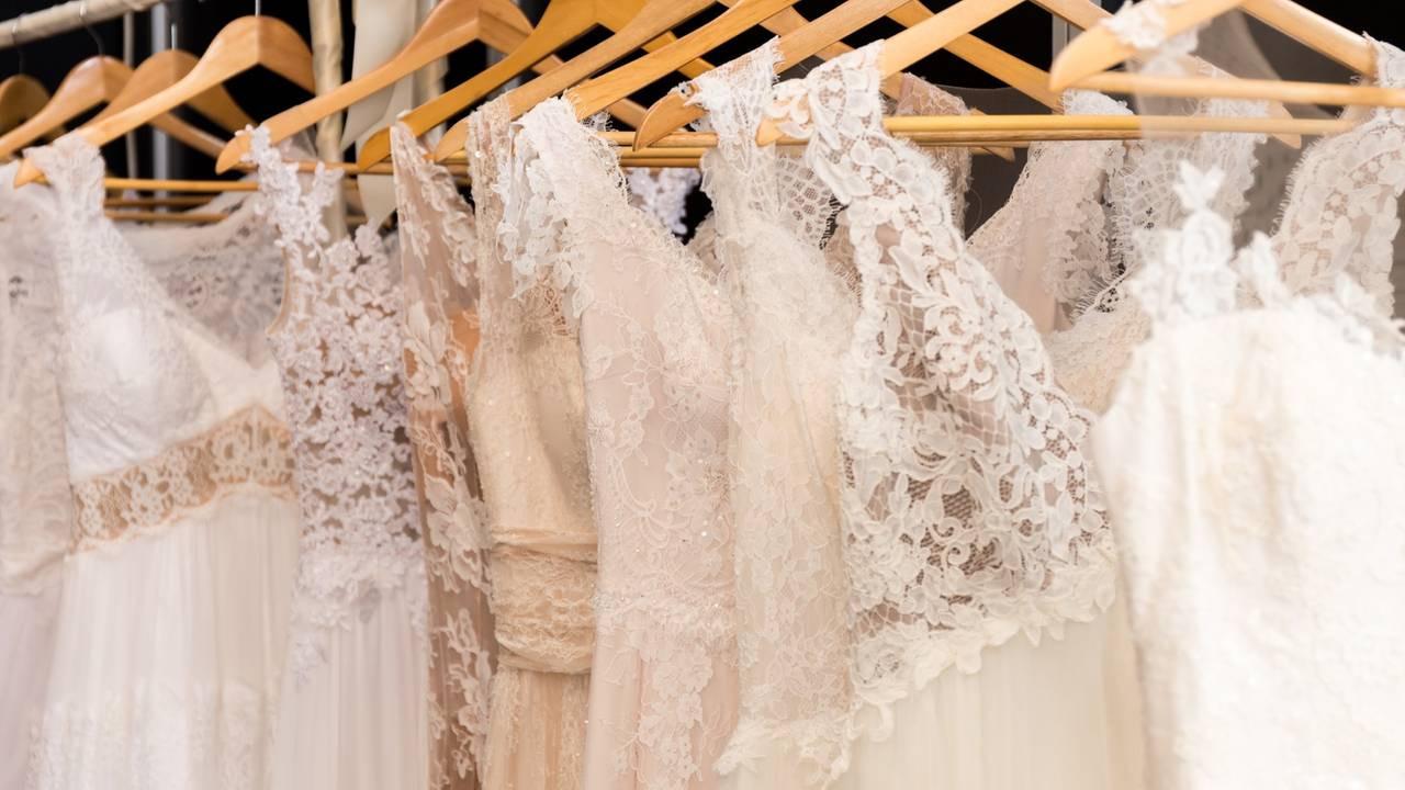 Dinge Die Man Wissen Sollte, Bevor Man Ein Hochzeitskleid