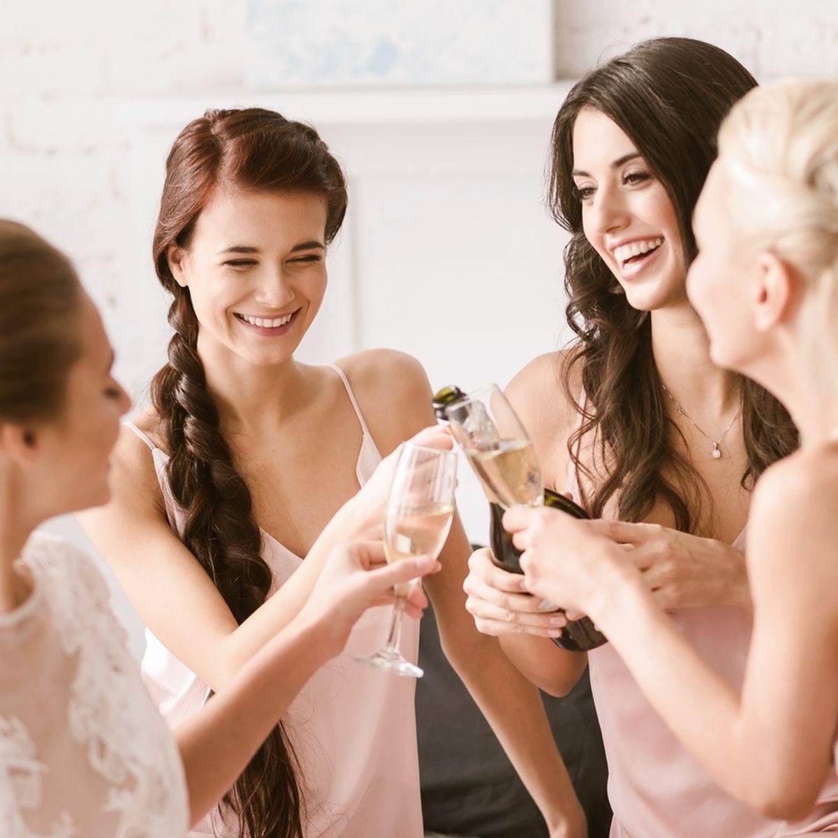 Dresscode Für Hochzeitsgäste: So Gekleidet Machst Du Als