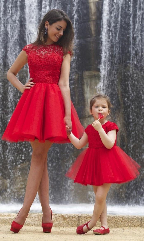 Hochzeitsgast-Rotes Kleid, Rote Lippen Und Alte Hollywood - Abendkleid