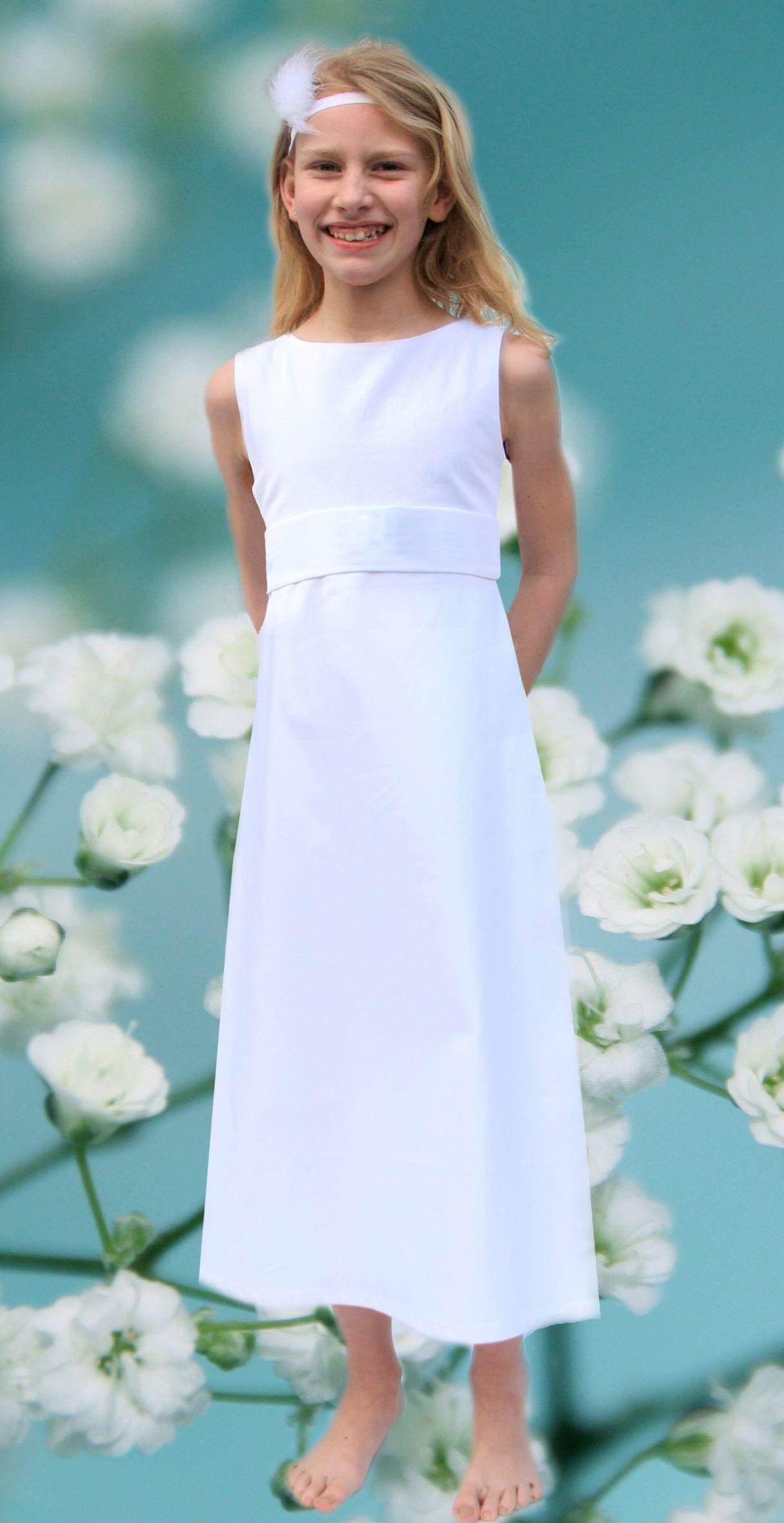 Ein Schlichtes Kleid Für Die Erstkommunion Aus München Für