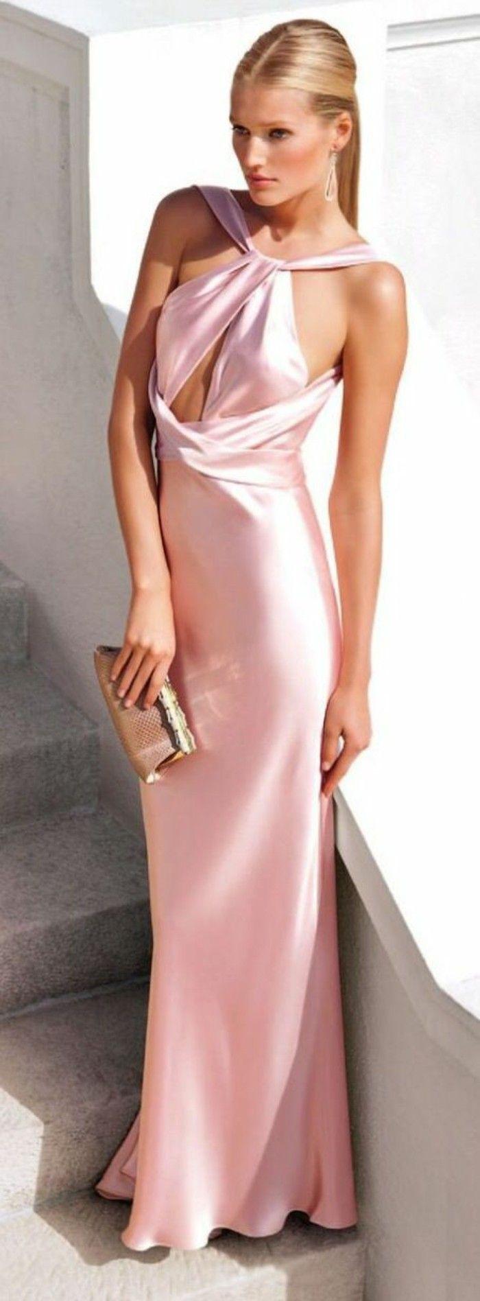 Elegante Kleider Für Ihre Besondere Anlässe | Rosa Samtkleid