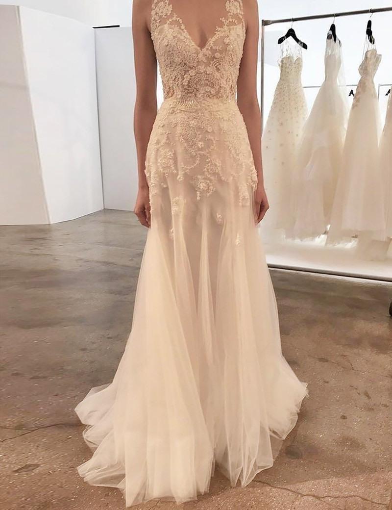 Eng Anliegende V-Ausschnitt Pinsel Schleppe Hochzeitskleid Mit  Strasssteinen Applikationen