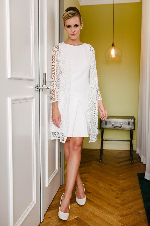 Etui Brautkleid   Minimalistische Hochzeitskleider