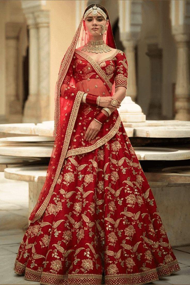 Exklusiver Schwerer Designer Schöne Braut Rote Farbe Braut