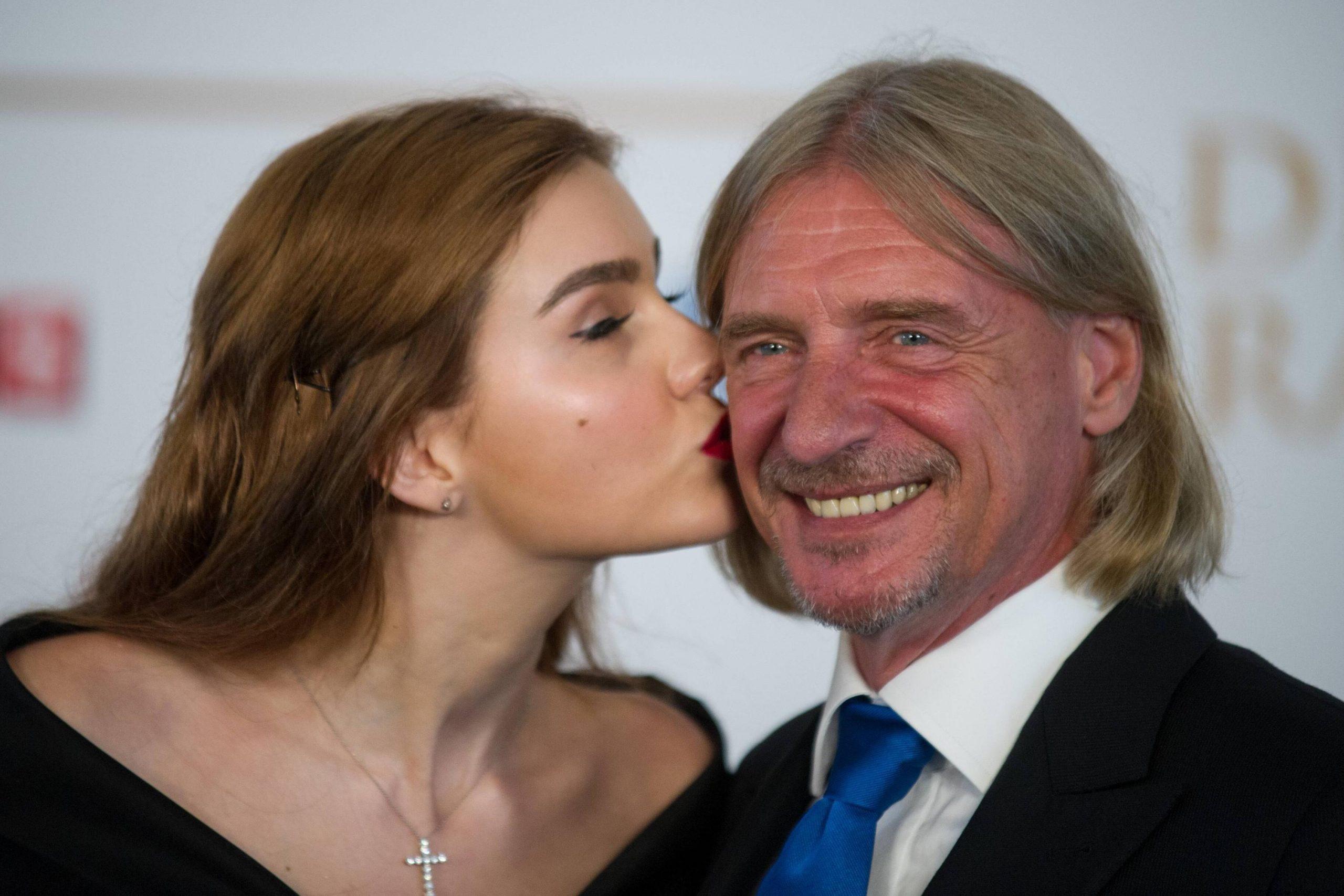 Frank Otto Bestreitet Hochzeit Mit Nathalie Volk | Web.de