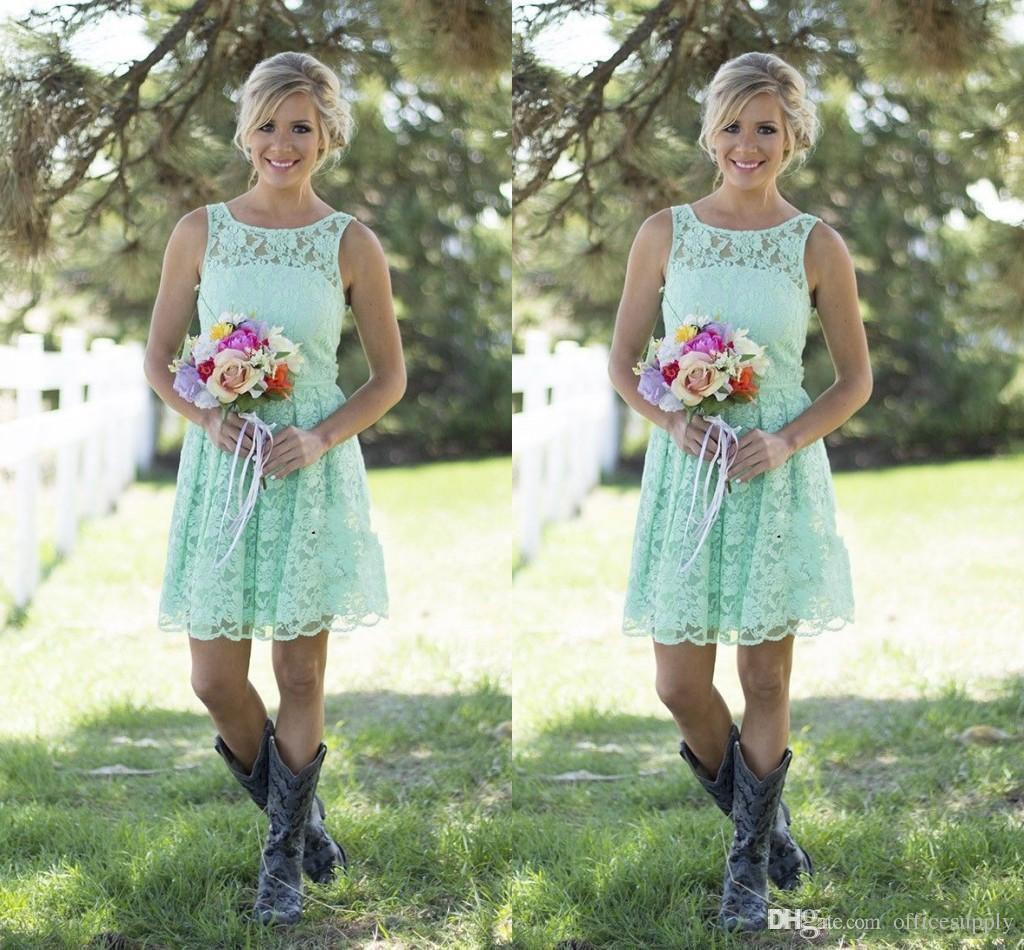 Großhandel 2017 Kurze Spitze Brautjungfer Kleider Country Style Mint  Brautjungfer Kleider Für Hochzeit Erwachsene Knielänge Abendgesellschaft  Kleider
