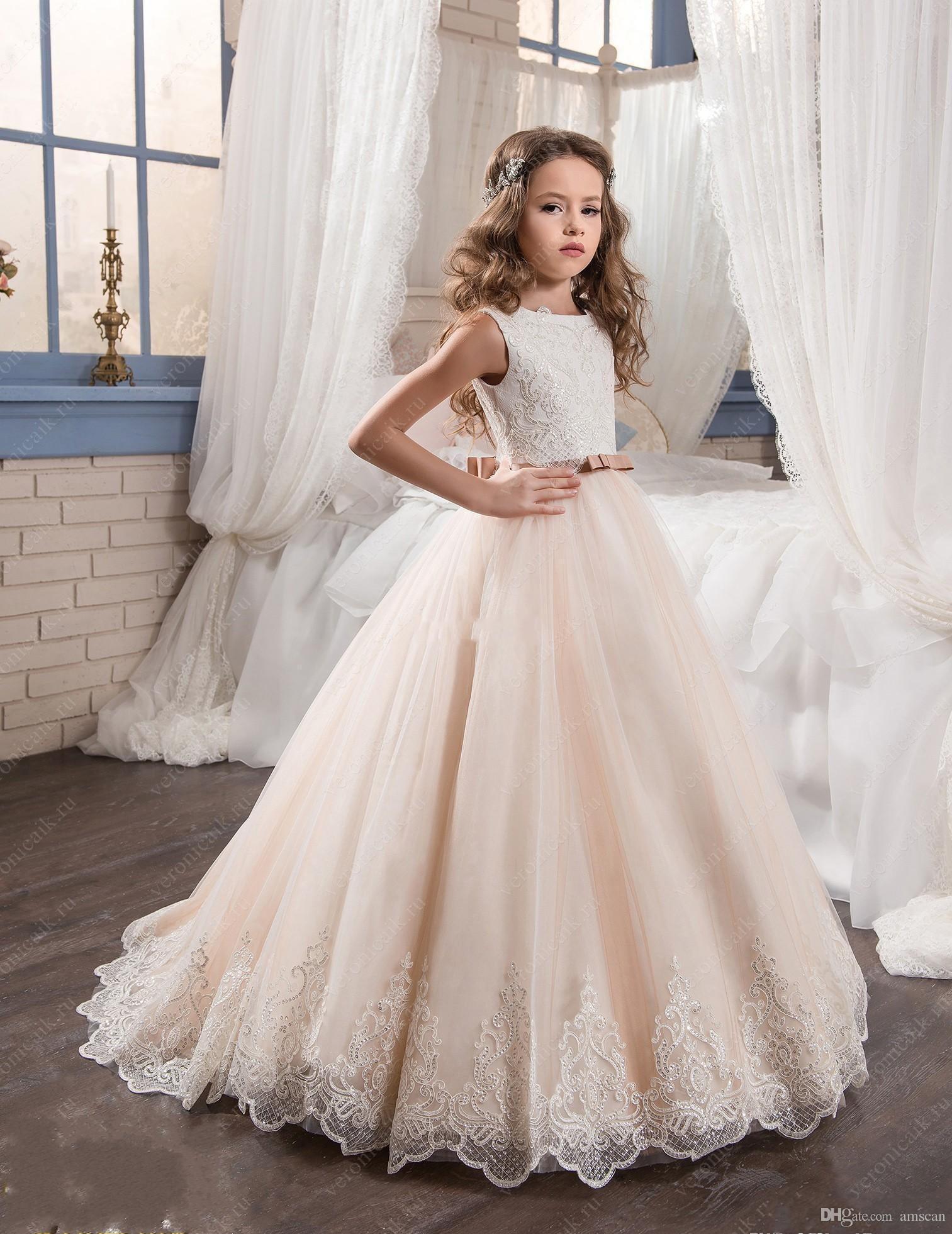 Großhandel 2018 Vintage Blumenmädchen Kleider Für Hochzeiten Erröten Rosa  Nach Maß Prinzessin Kleider Appliques Spitze Bogen Schärpe Kinder