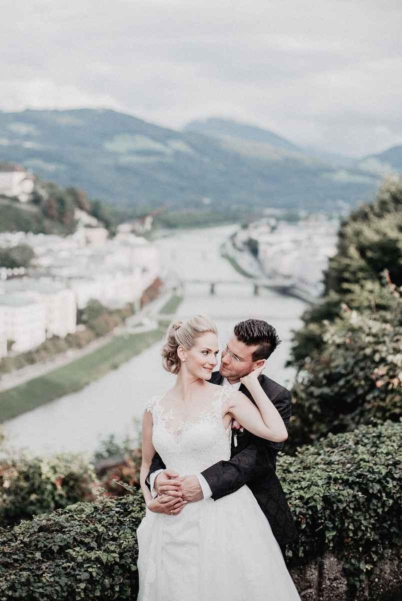 Heiraten Zwischen Stadt, Land, Fluss Und Bergen
