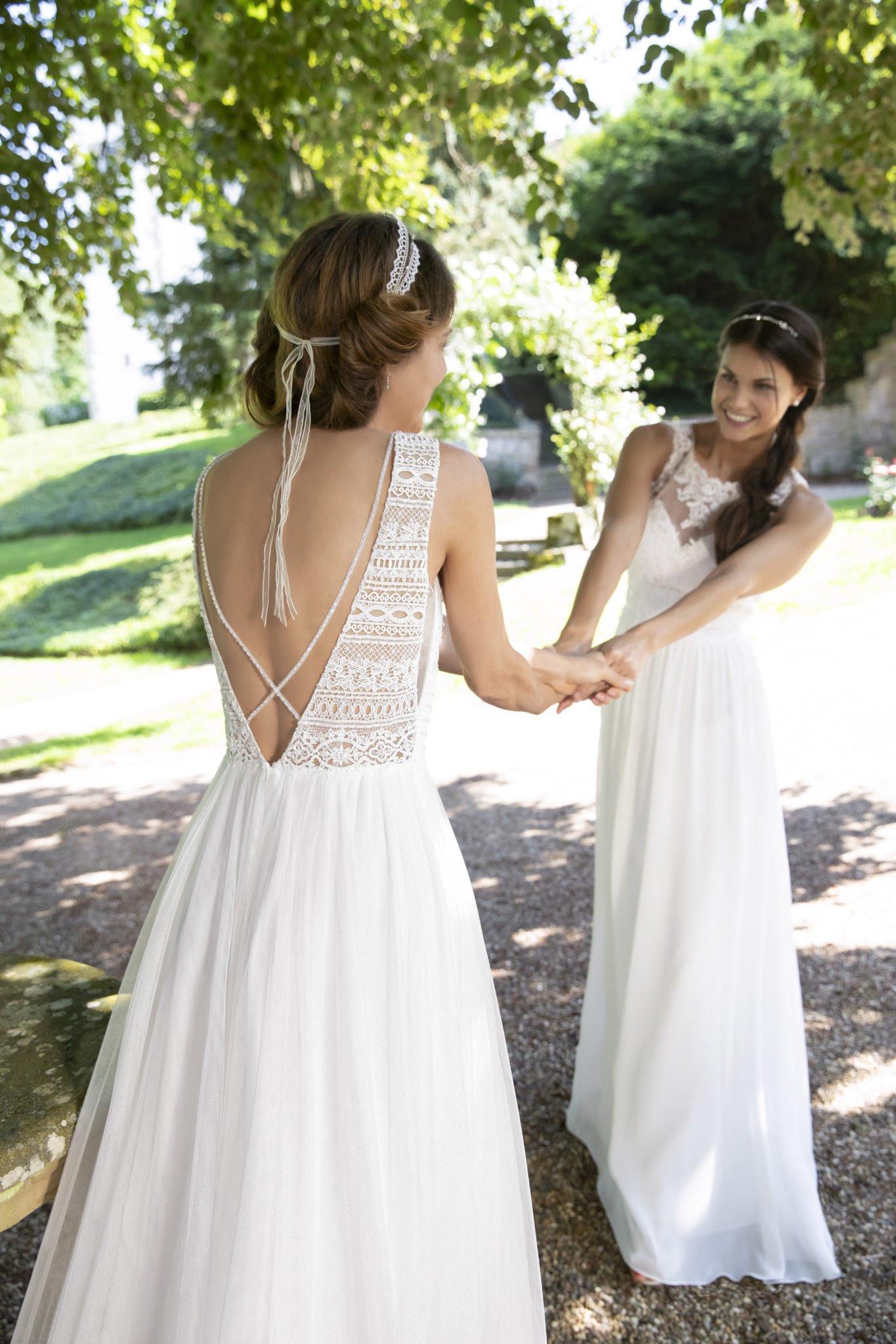 Helen Bender La Mode Abyssale Braut- & Festmoden Für Sie & Sie