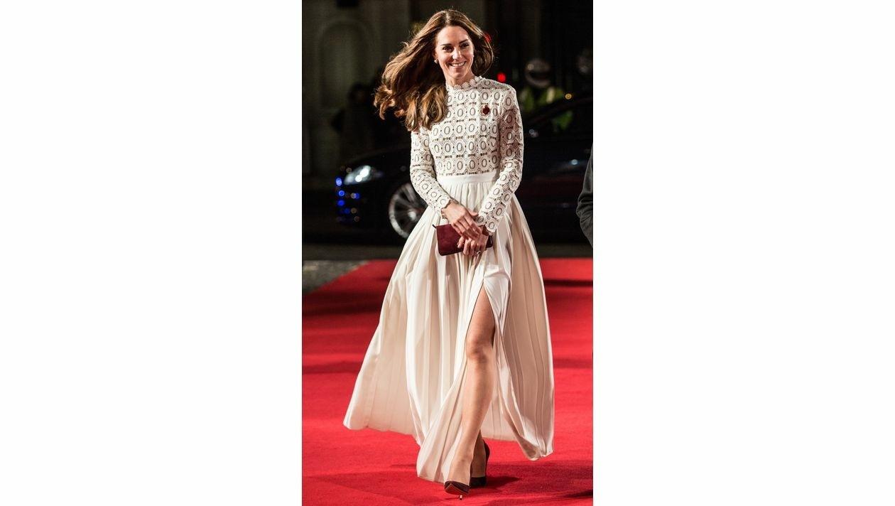 Herzogin Kate Im Abendkleid: Ihre Schönsten Looks! | Krone.at