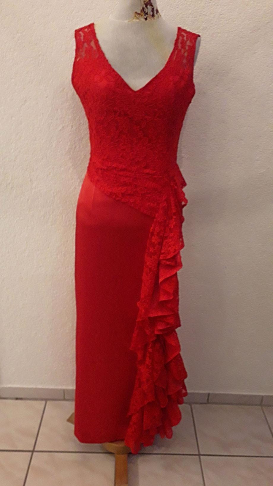 Hochzeit Rotes Kleid Brautmutter | Welche Farbe Trägt Die