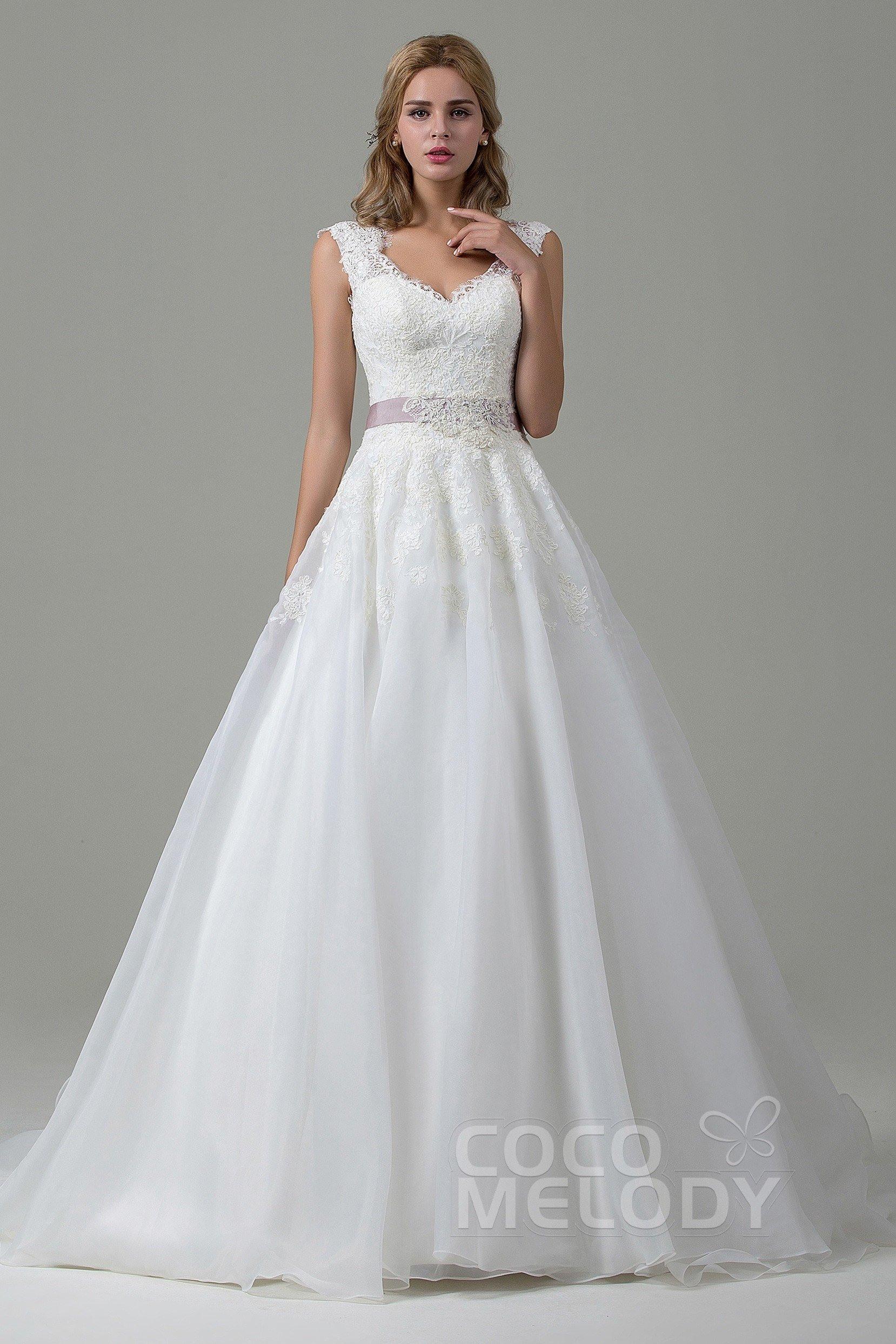 Hochzeitskleid A-Linie Aus Spitze Mit Hofschleppe Cwzt15007
