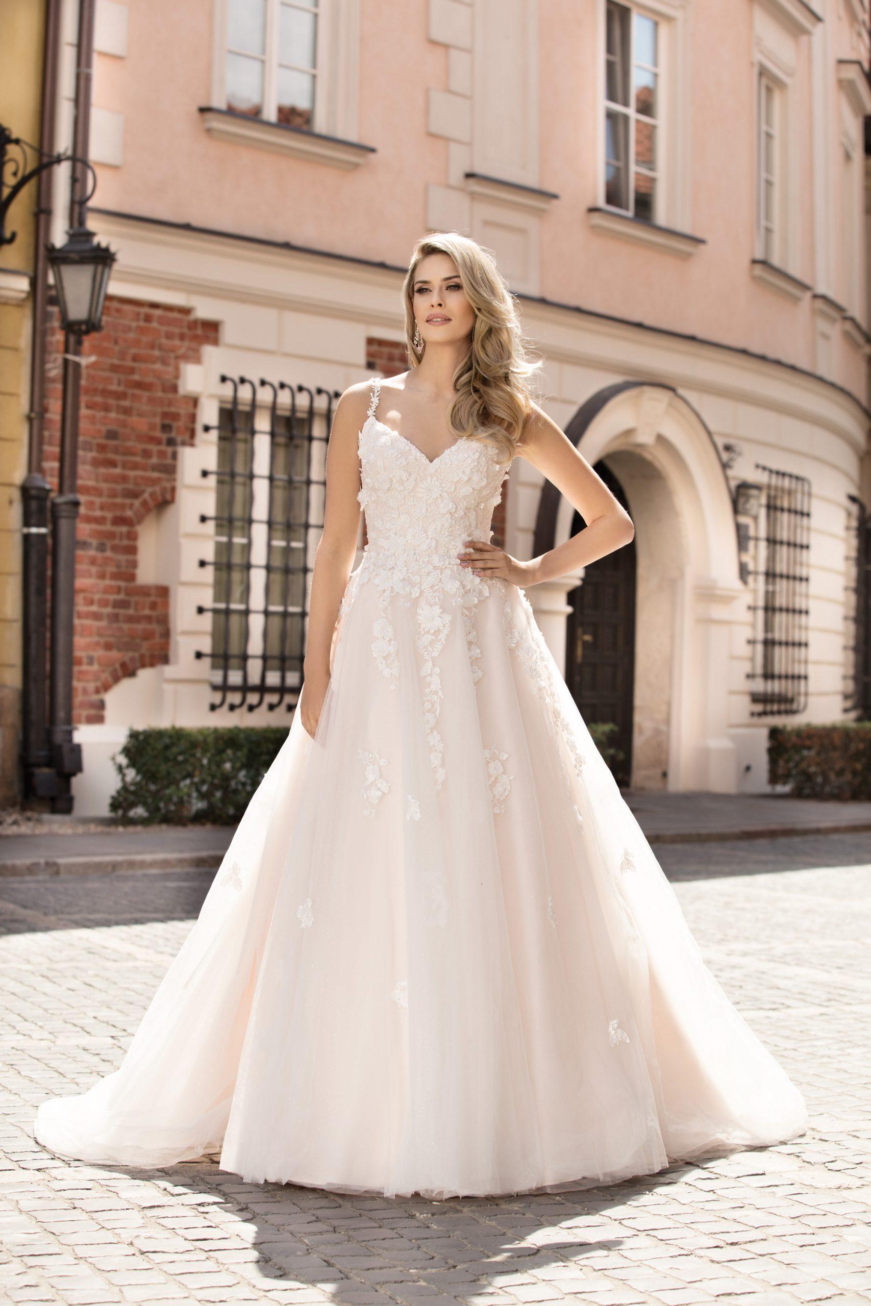 Hochzeitskleid Flora