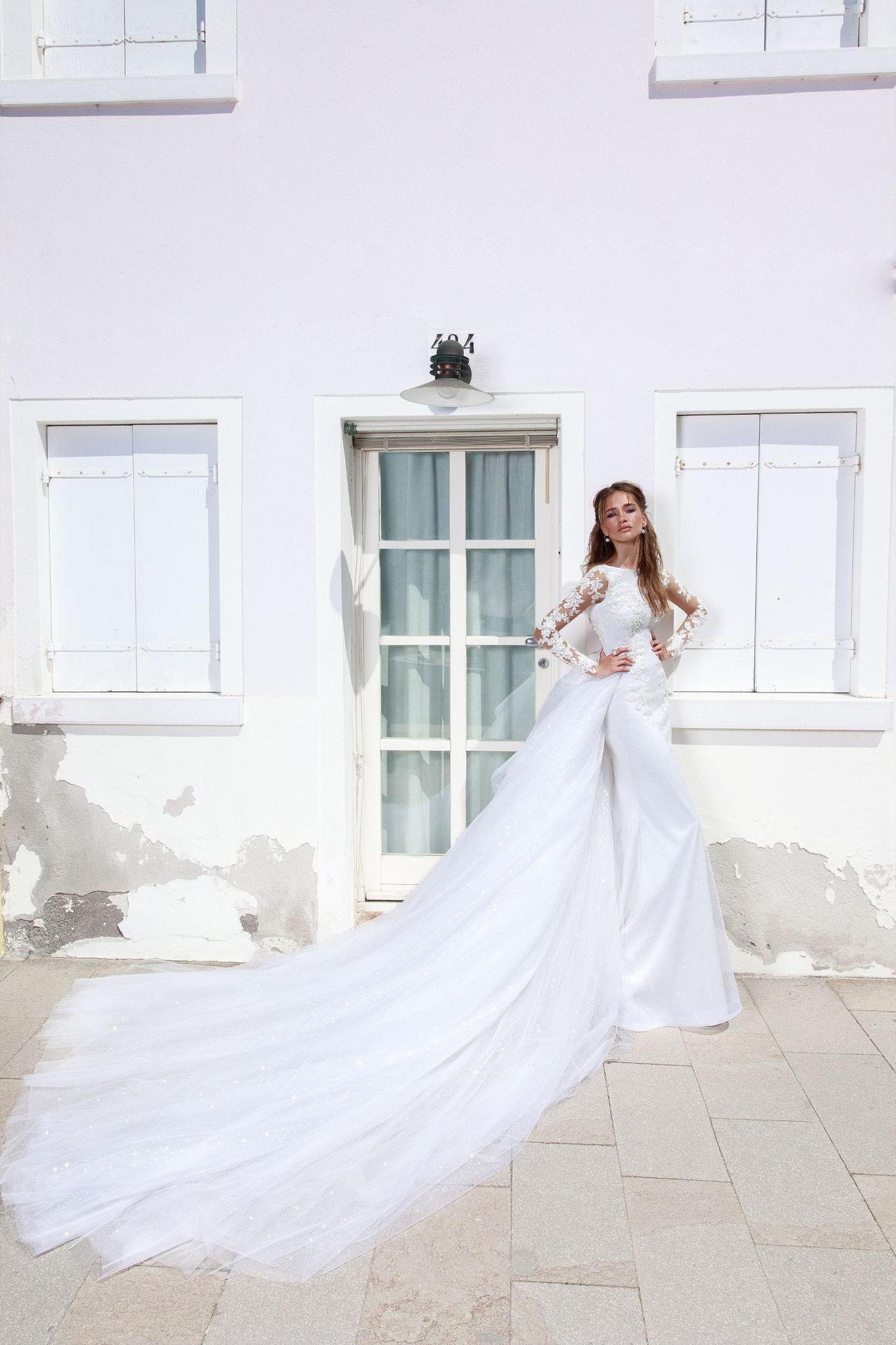 Hochzeitskleid Zara. Kleid Zara Aus Der Sammlung Sparking
