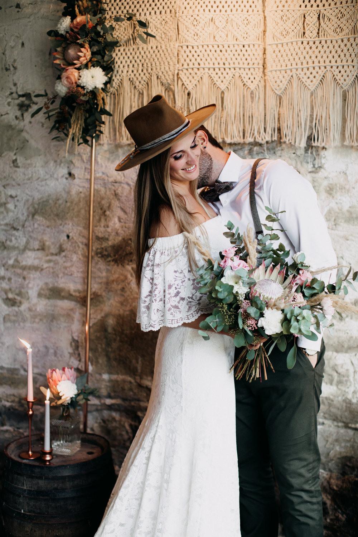 Hochzeitskleider, Brautkleider, Brautmode In Der Stadt