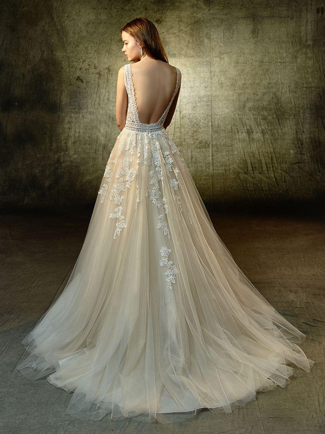 Hochzeitskleider In Hamburg | Lavendel Brautkleid, Blaue