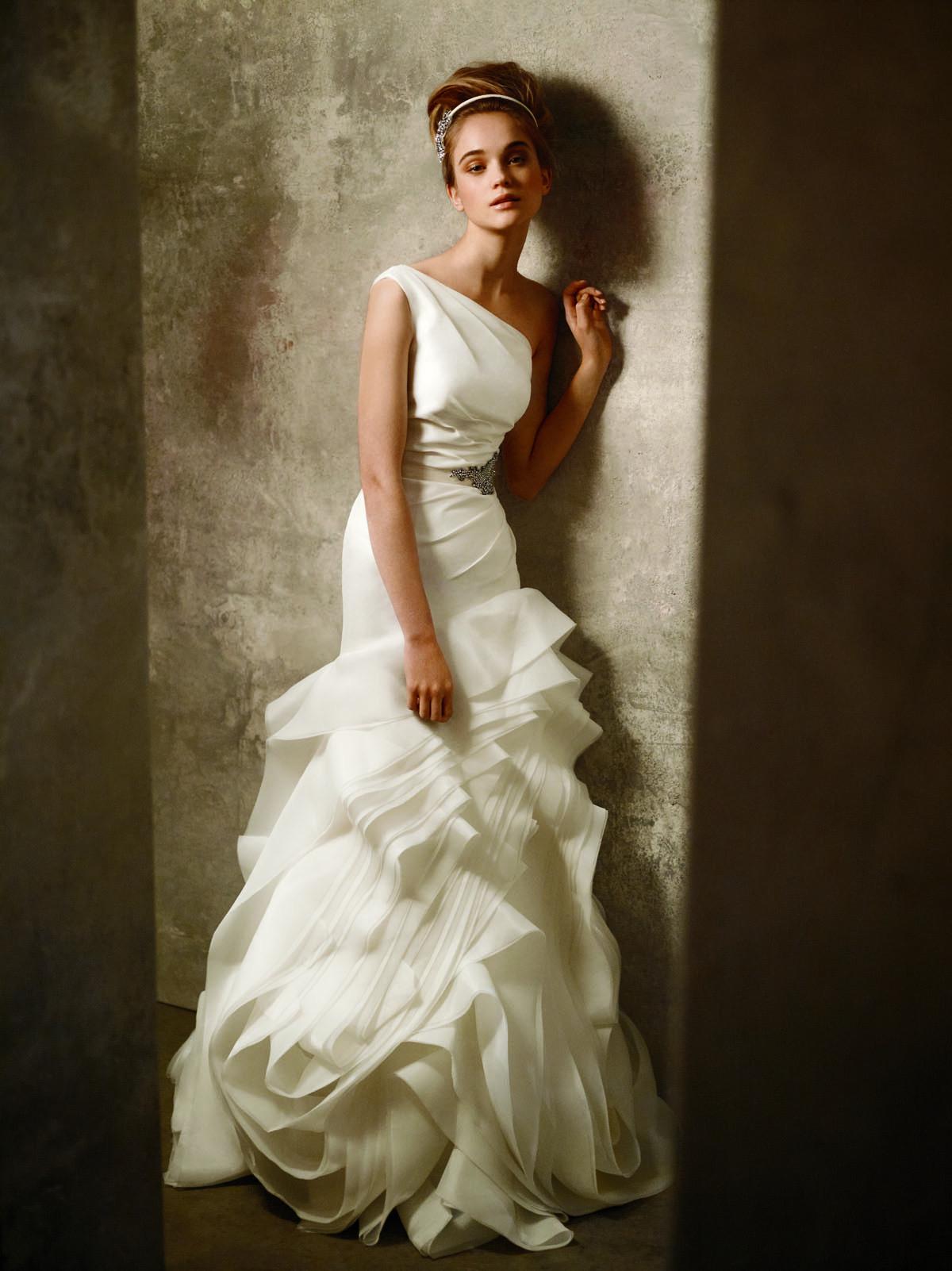 Vera Wang Wedding Dresses Prices Vera Wang Crepe Back Satin