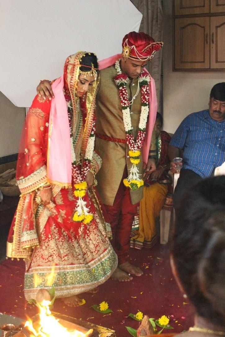 Indische Hochzeit: Ablauf, Bräuche Und Das Kleid | Aytour