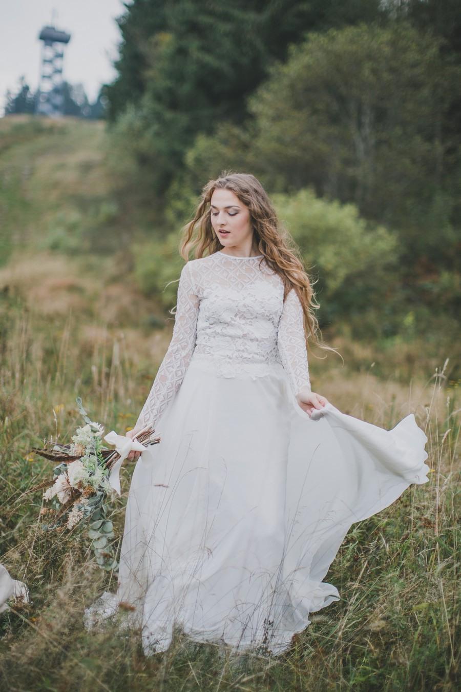 Inspirationen Für Die Hippie-Braut: 3 Stylings Und Ein Tipi-Zelt