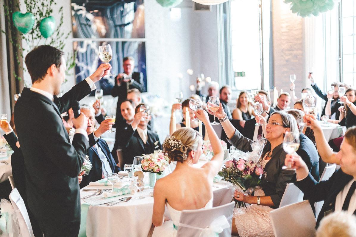Ja, Ich Will - Die Geschichte Des Brautkleides - Kunstsalon