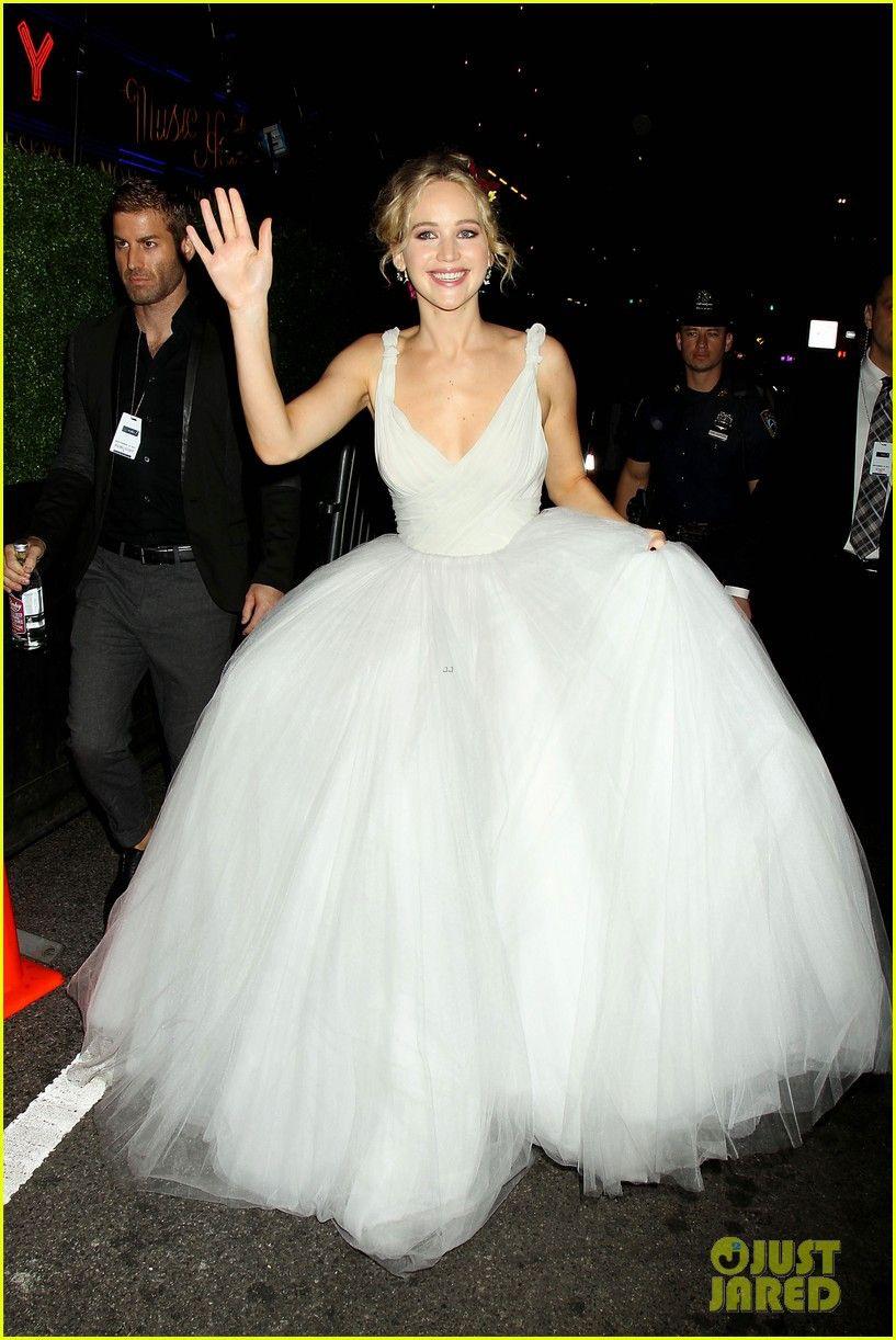 Jennifer Lawrence Has Princess Moment At 'mother!' Nyc