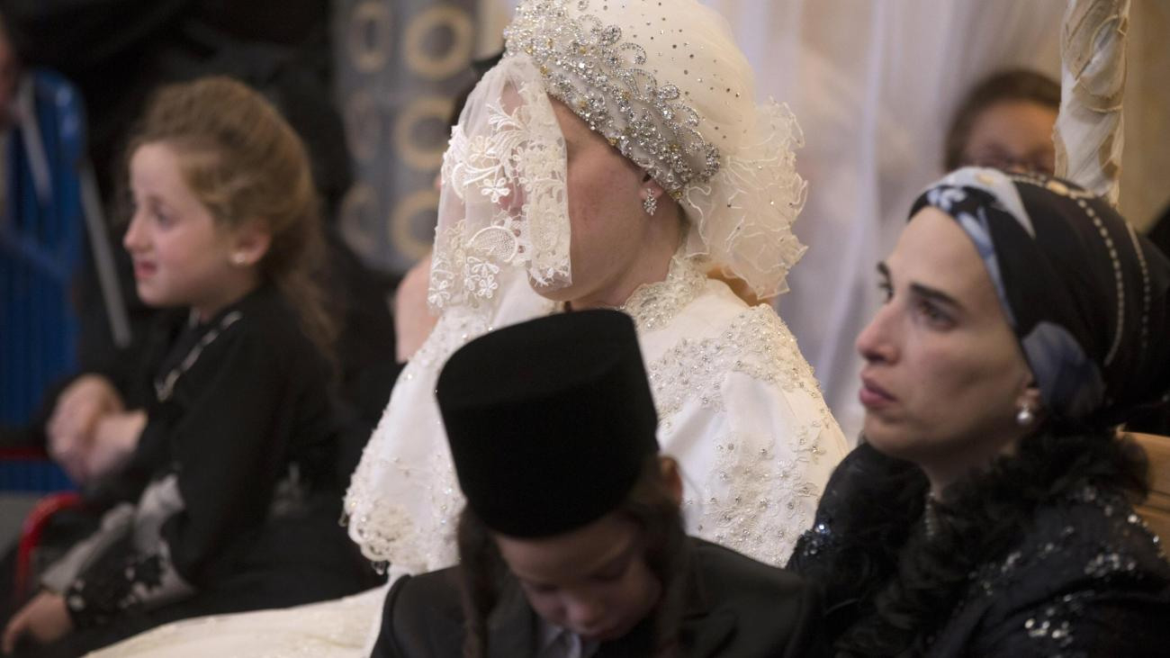 Jerusalem: 25.000 Gäste Feiern Die Braut Ohne Gesicht - Welt