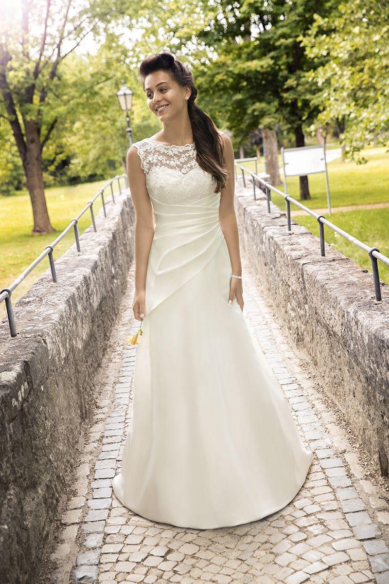 Kleemeier #brautmode #brautkleid #hochzeitskleid #bridal - Abendkleid