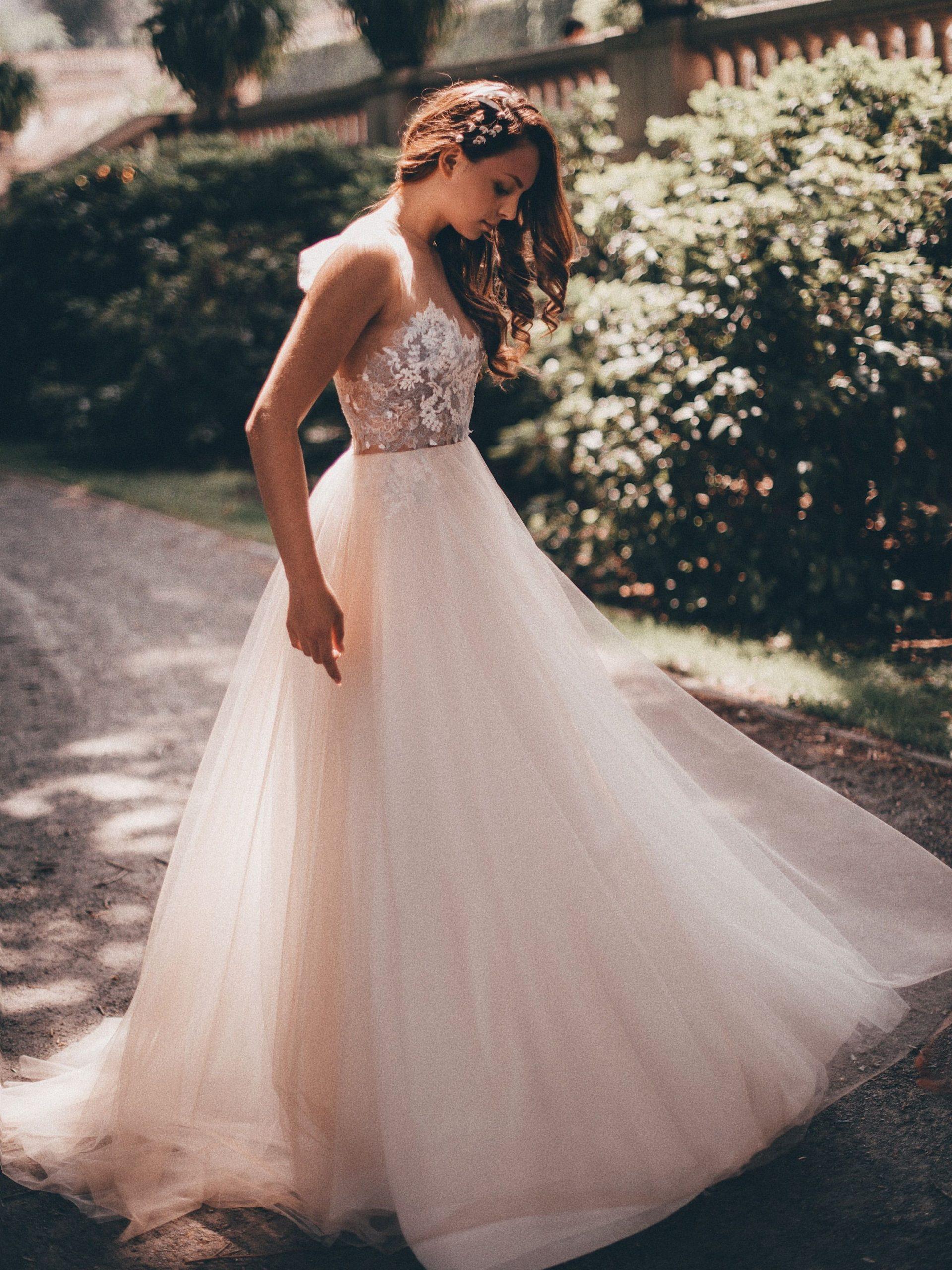 Kleid Jule Von Qaragma  Hochzeitskleider Spitze - Abendkleid