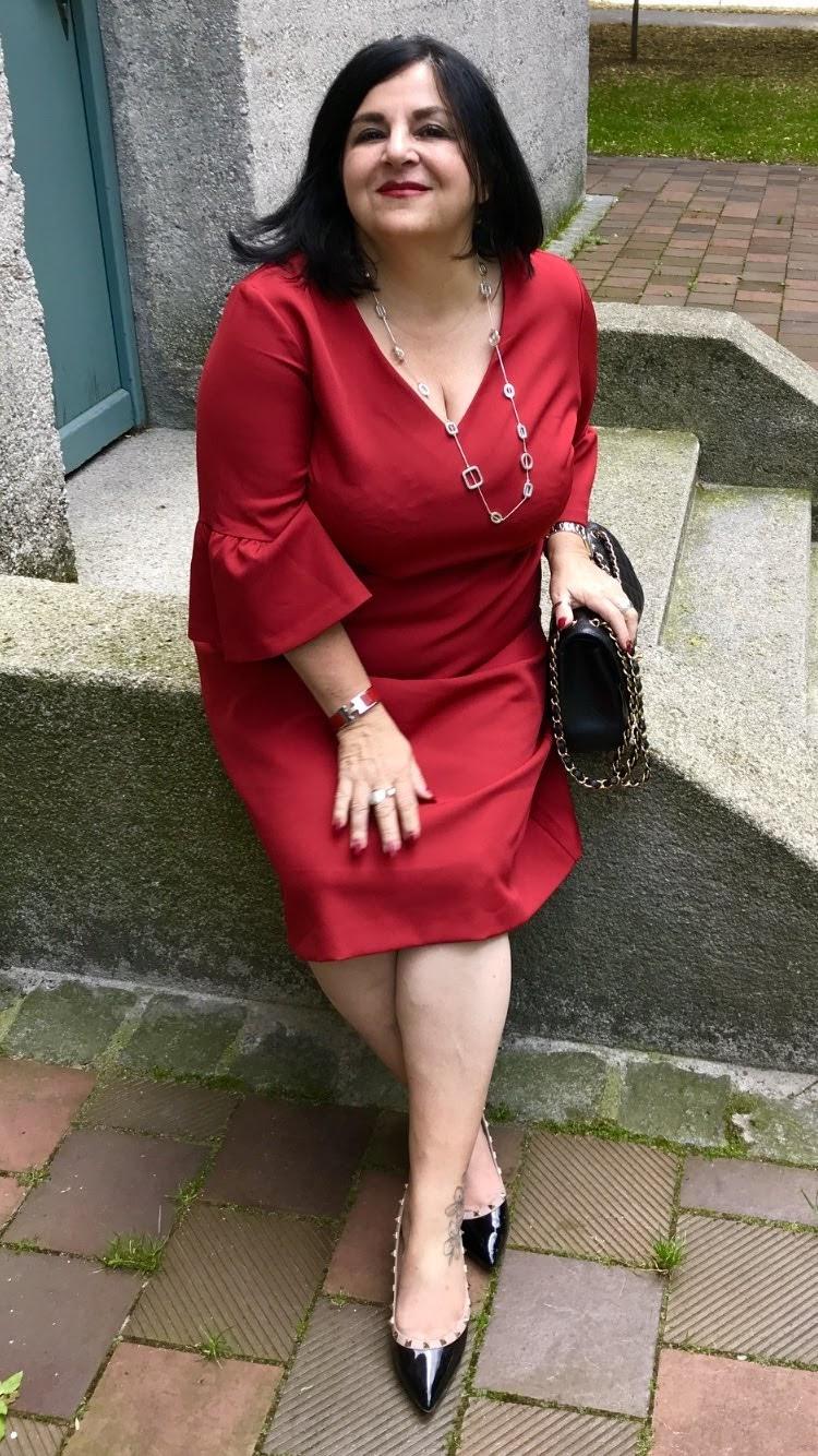 Lady In Red – Ein Rotes Kleid Geht Immer – Wiggerls.world