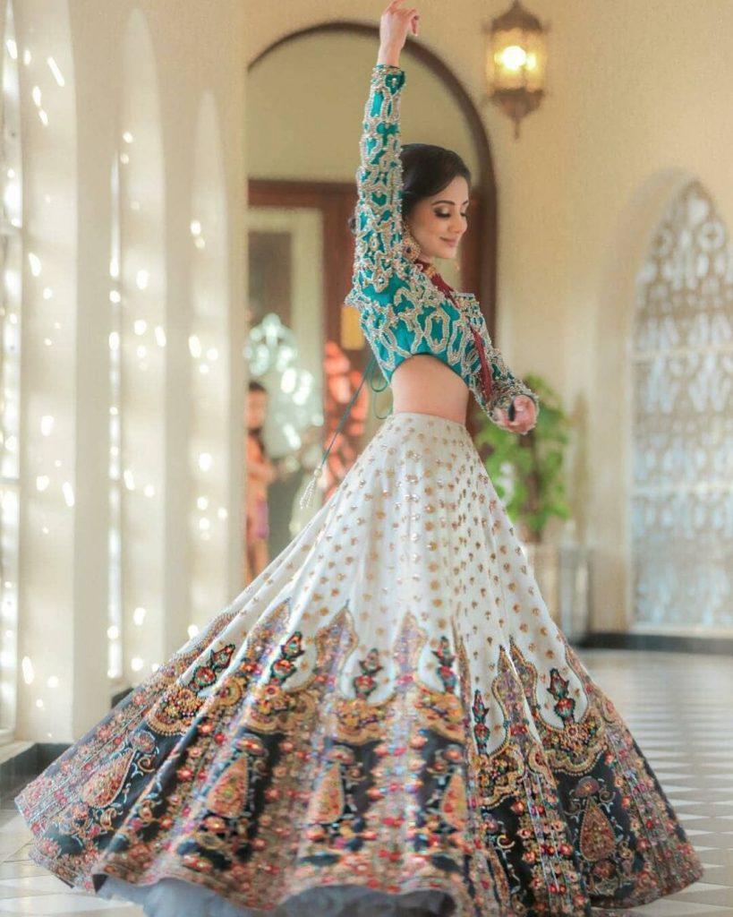 Lehnga Dress 9 In 9  Indische - Abendkleid