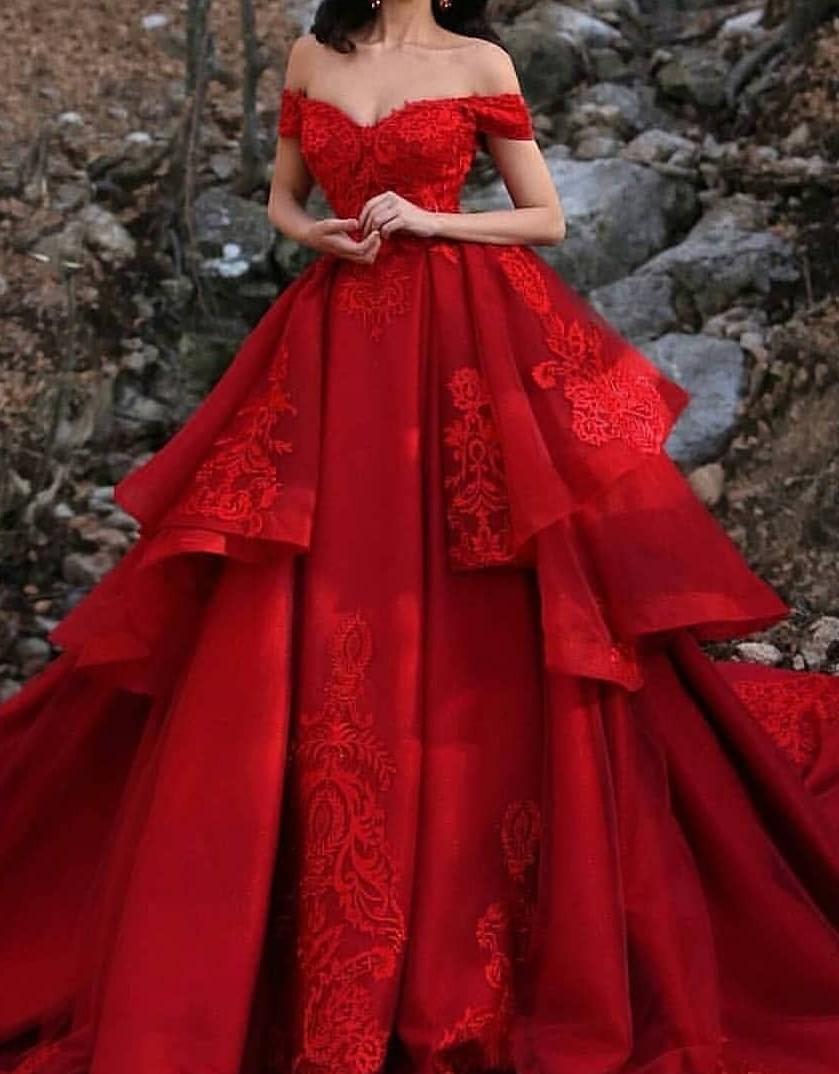 Luxus Hochzeitskleider Rot A Linie Spitze Brautkleider