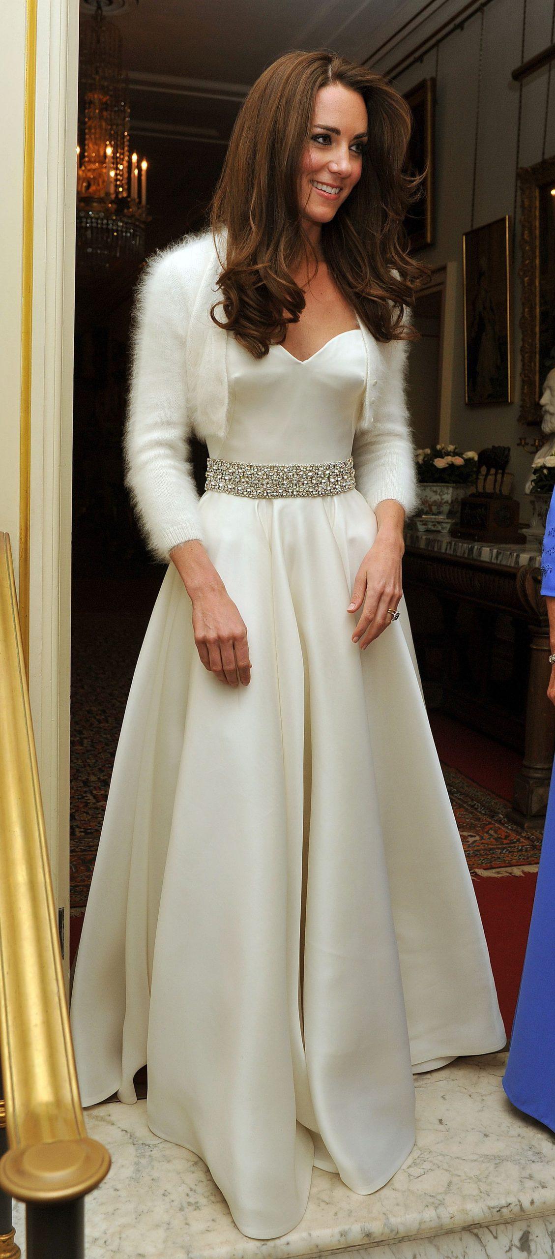 Meghan Markle Debuts Second Wedding Dressstella
