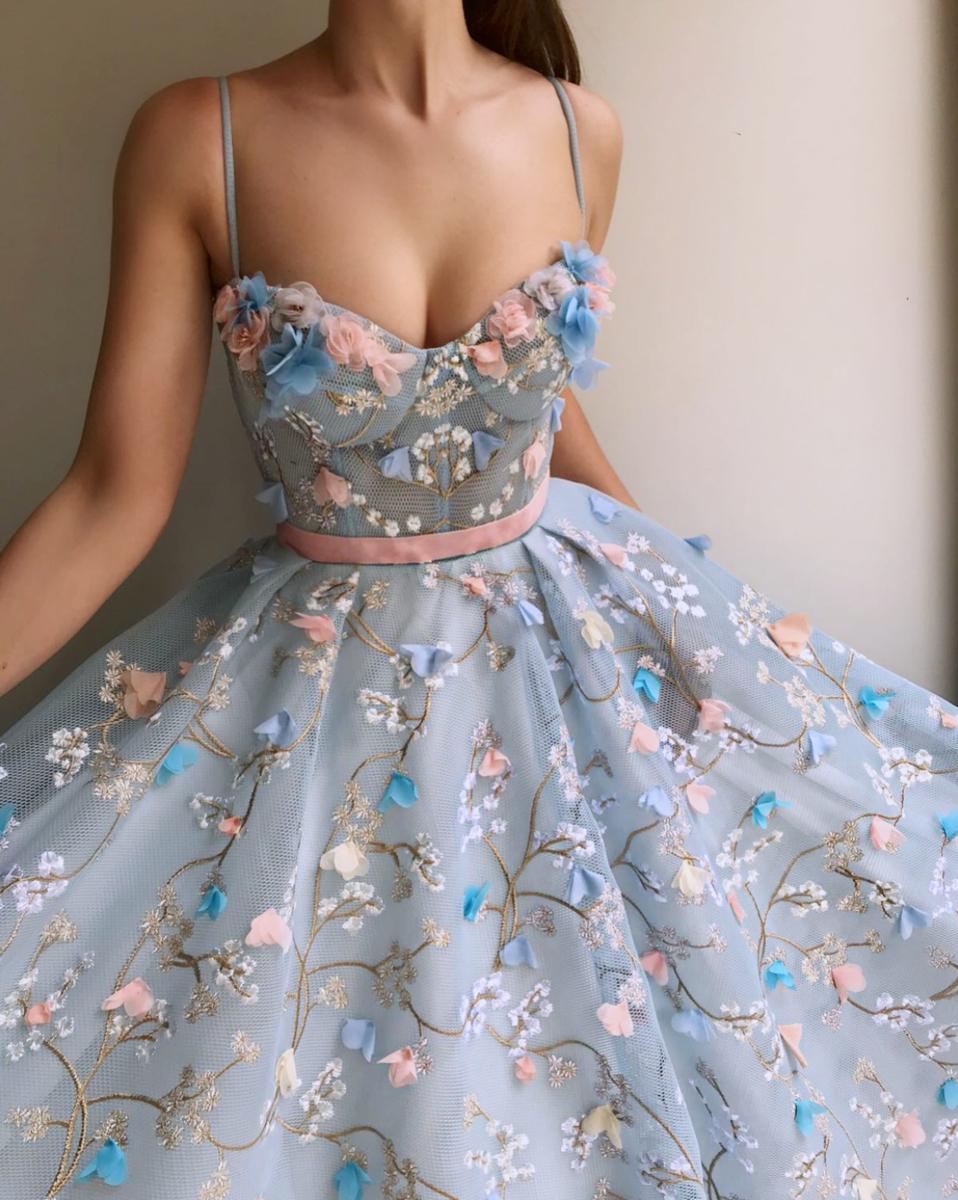 Merlin Blossom Tmd Gown | Kleider, Abendkleid Und Ballkleid