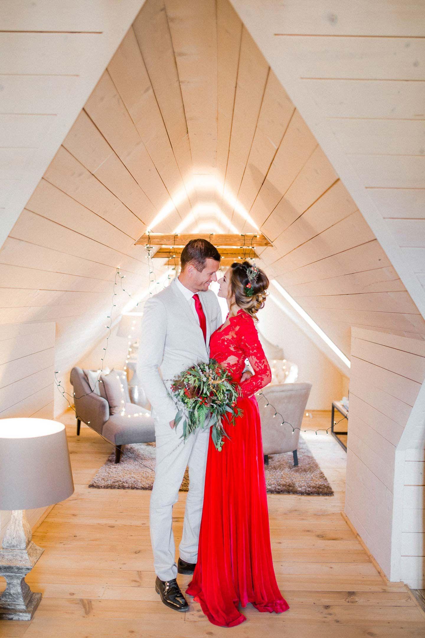 Miriam | Rote Hochzeitskleider, Rote Hochzeit, Hochzeit