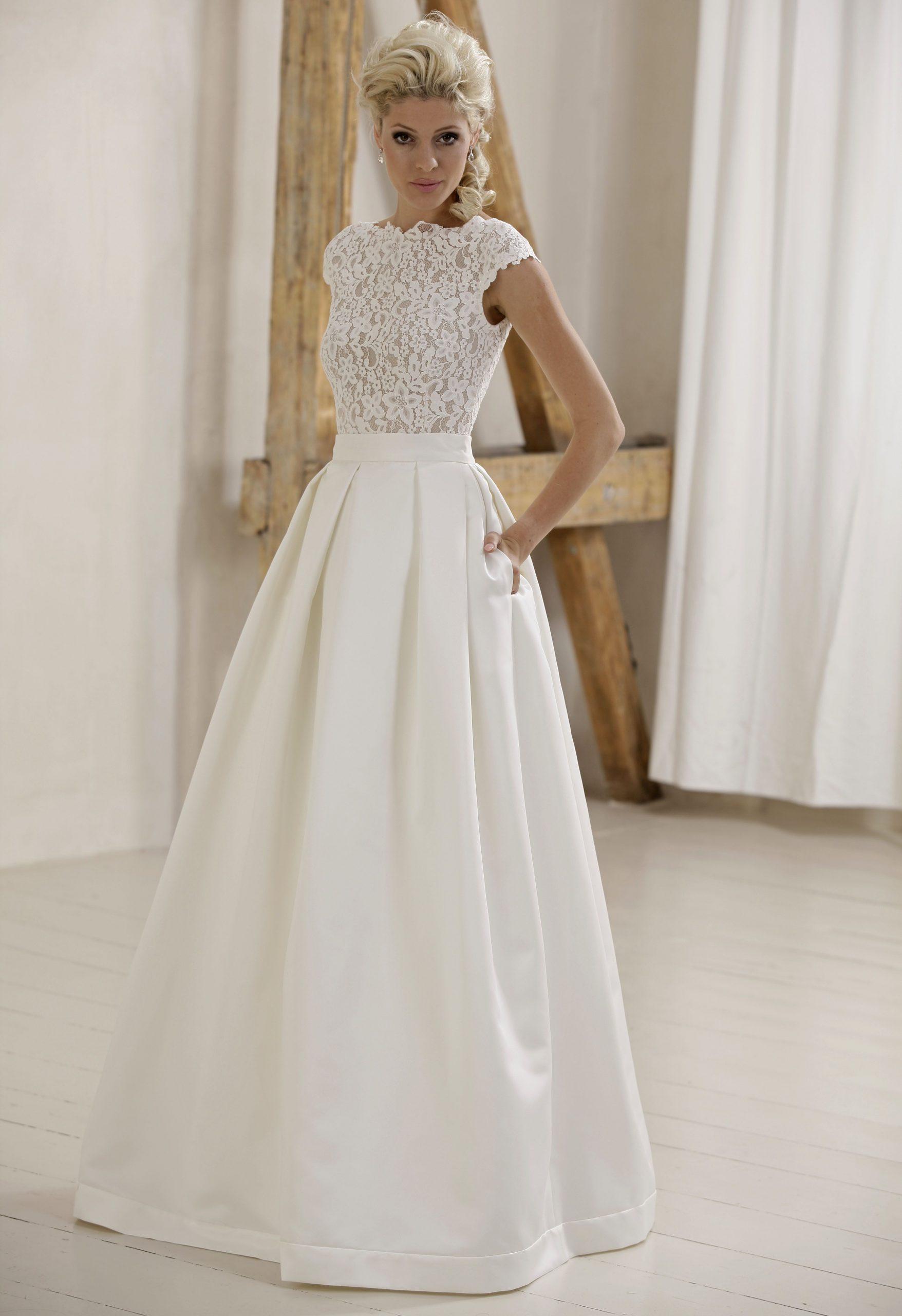 Modell Marta Mit Satin Skirt (735) | Kleider Hochzeit