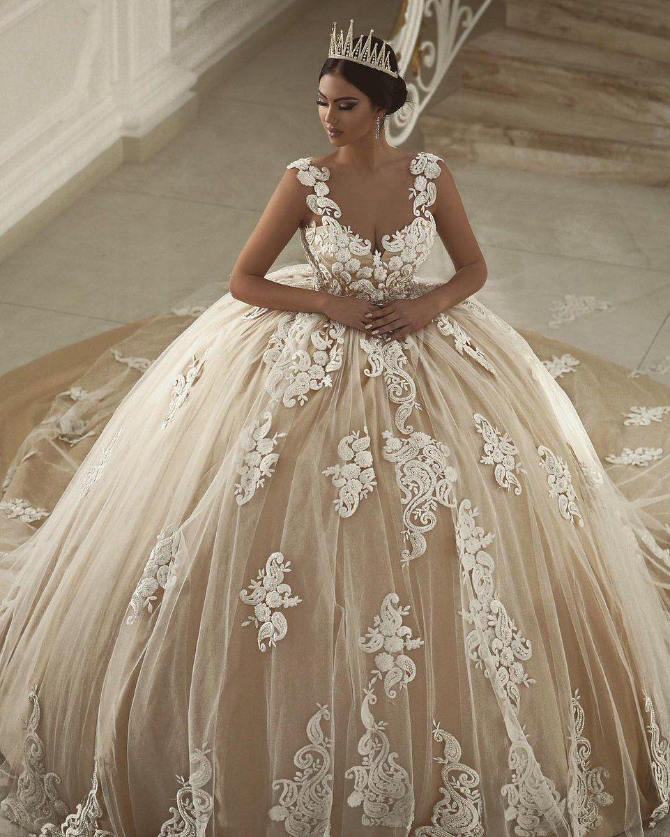 Nesmaنسمة On | Hochzeitskleid, Braut Und Prinzessinnenkleid
