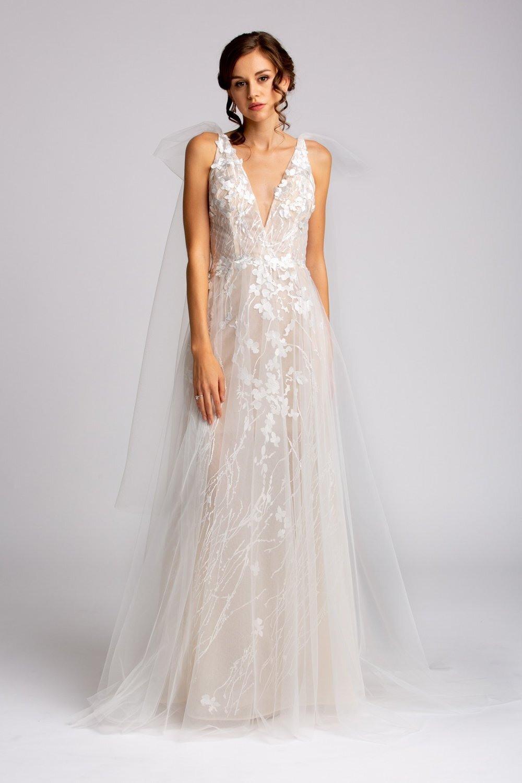 Paris - Einzigartiges Hochzeitskleid — Brautkleider Nach Maß