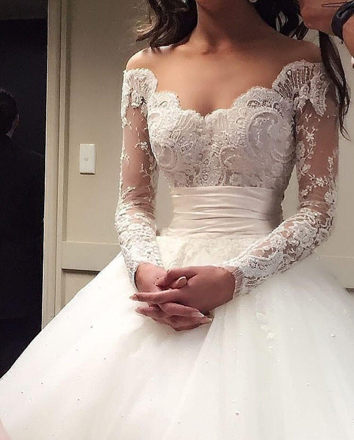 Pinterest || @adarkochar | Hochzeit Kleidung, Kleider