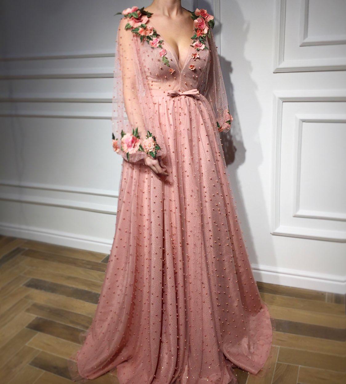 Pinterest; Lisa Lowes | Ballkleid, Kleider, Abendkleid