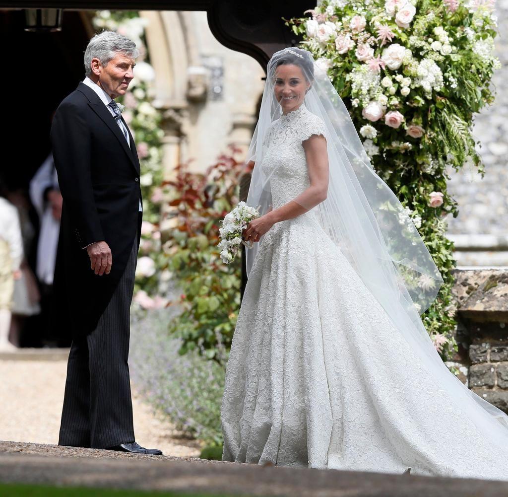 Pippa Middleton: Ihr Hochzeitskleid Von Giles Deacon In Der