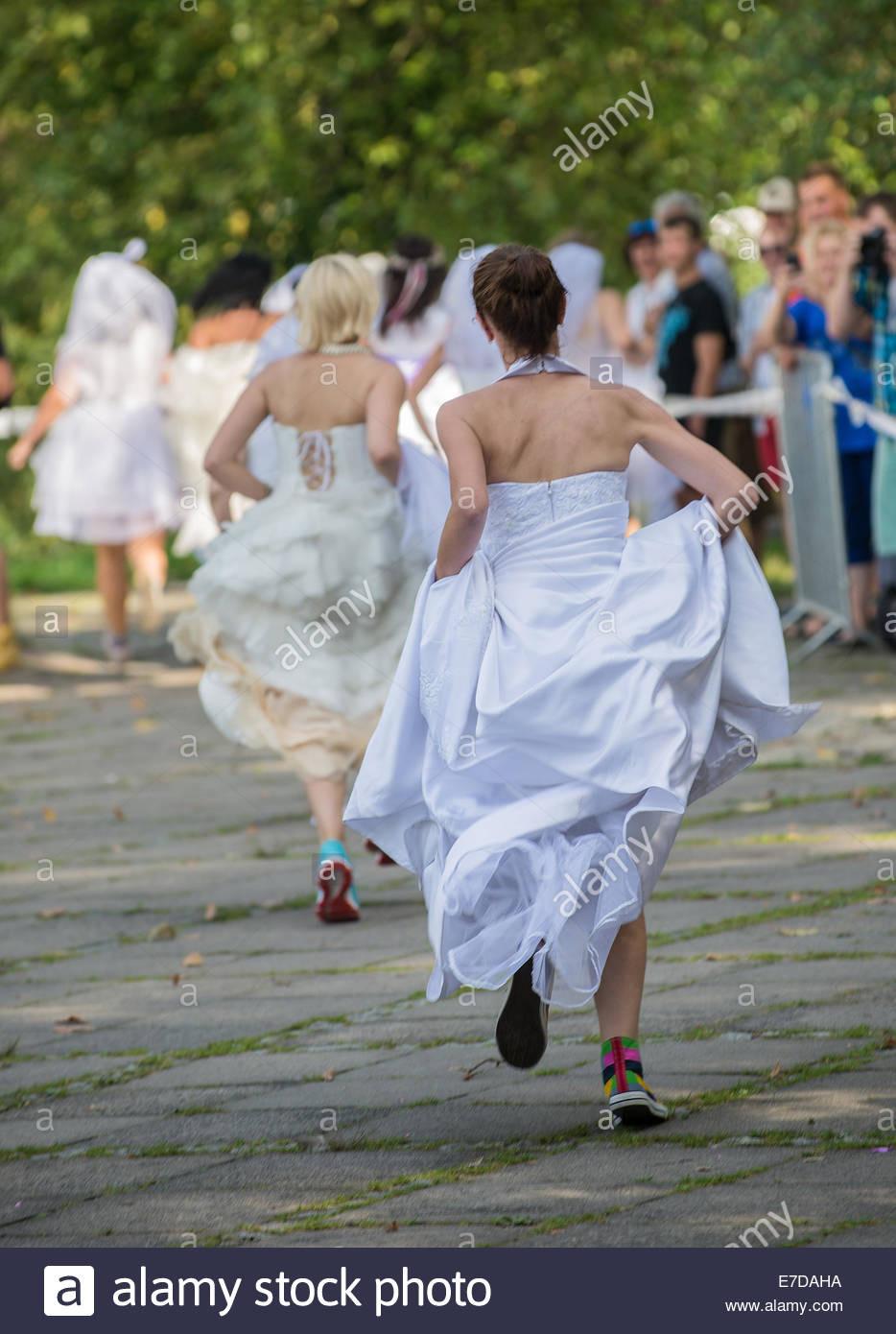 Polnisches Kleid Stockfotos & Polnisches Kleid Bilder - Alamy