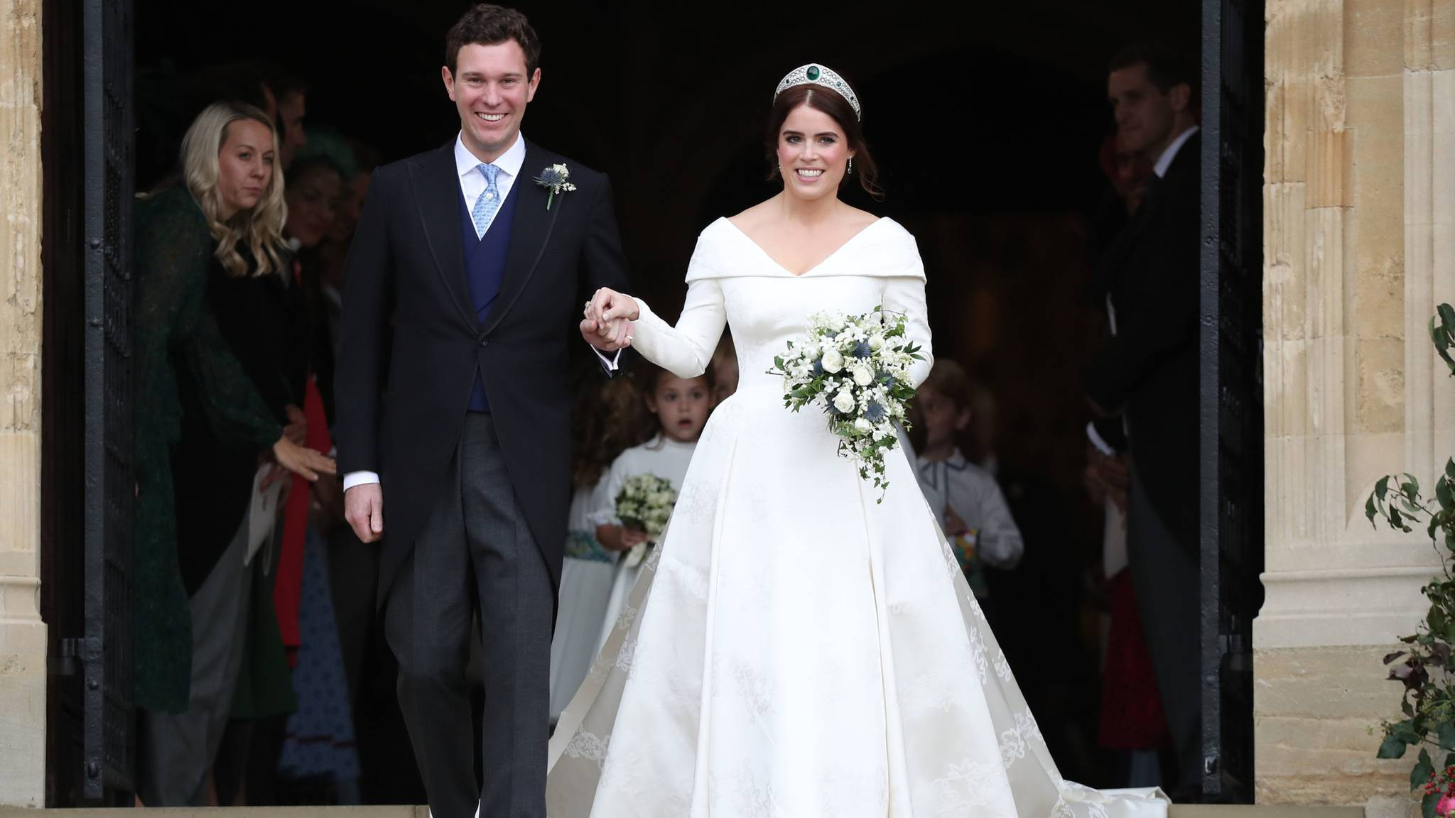 Prinzessin Eugenie: Alle Details Zu Ihrem Hochzeitskleid