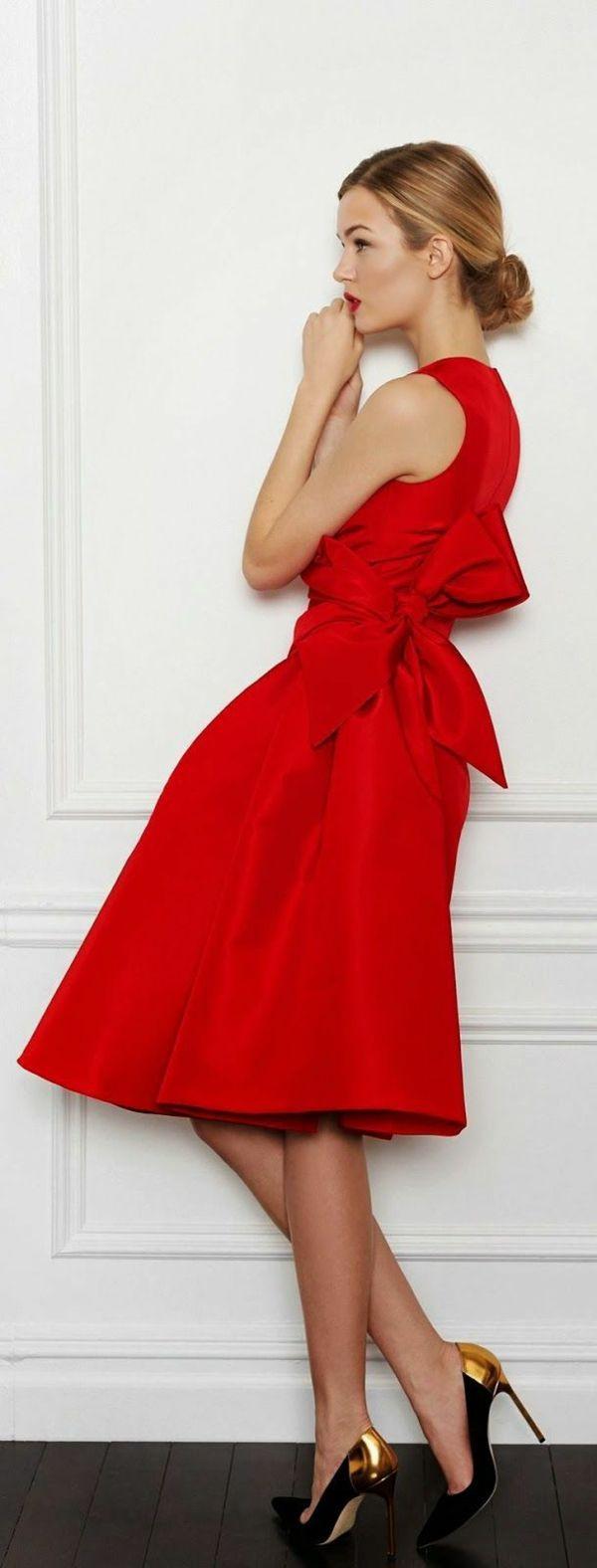 Rotes Kleid Kaufen: Welche Frauen Tragen Gern Rot? | Rotes