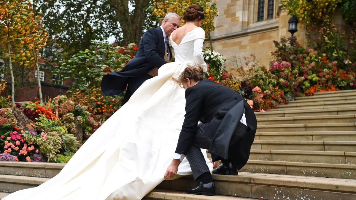 Royale Hochzeit: Prinzessin Eugenie Kämpft Gegen Den Wind