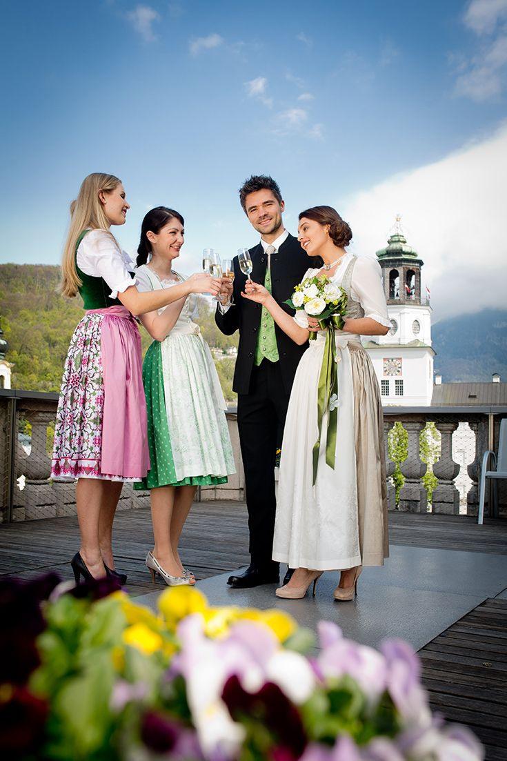 Salzburger Heimatwerk. Festliche Dirndl Und Hochzeitstracht