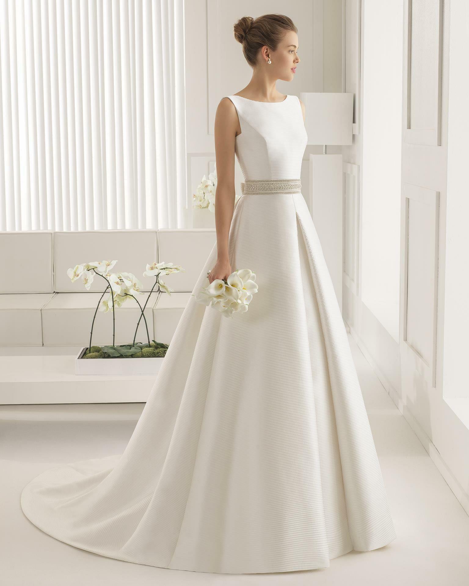 Satin Brautkleid Mit Kellerfalten  Hochzeitskleid - Abendkleid